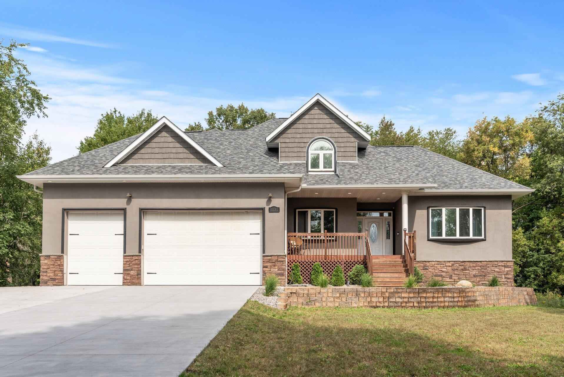 View 53 photos of this 4 bed, 4 bath, and 3,206 sqft. single_family home located at 1131 225th Ln NW, Oak Grove, Minnesota 55005 is Pending for $480,000.