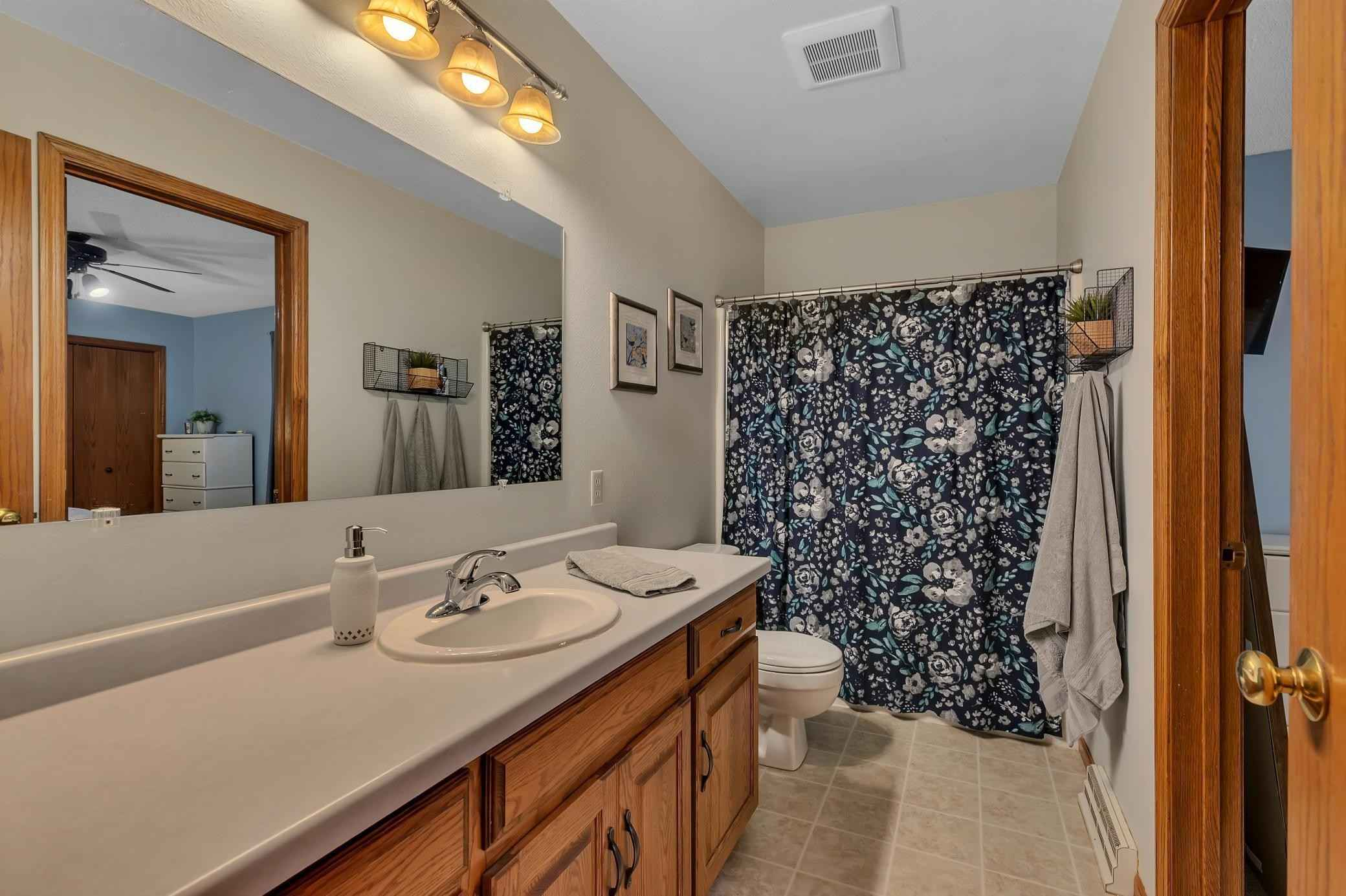 View 43 photos of this 3 bed, 2 bath, and 2,328 sqft. single_family home located at 26402 Hermitage Rd, Cold Spring, Minnesota 56320 is Pending for $360,000.
