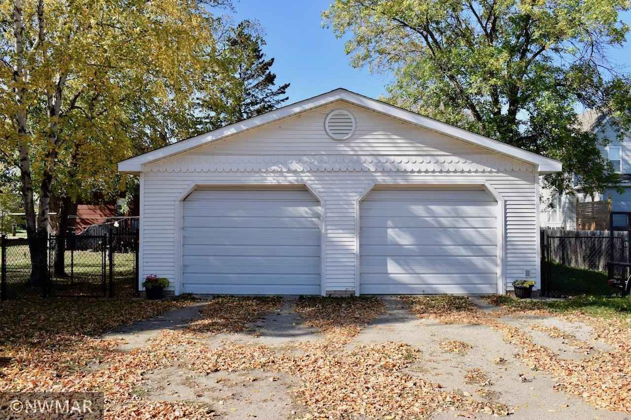 View 41 photos of this 3 bed, 2 bath, and 1,276 sqft. single_family home located at 712 Horace Ave N, Thief River Falls, Minnesota 56701 is Active for $187,000.