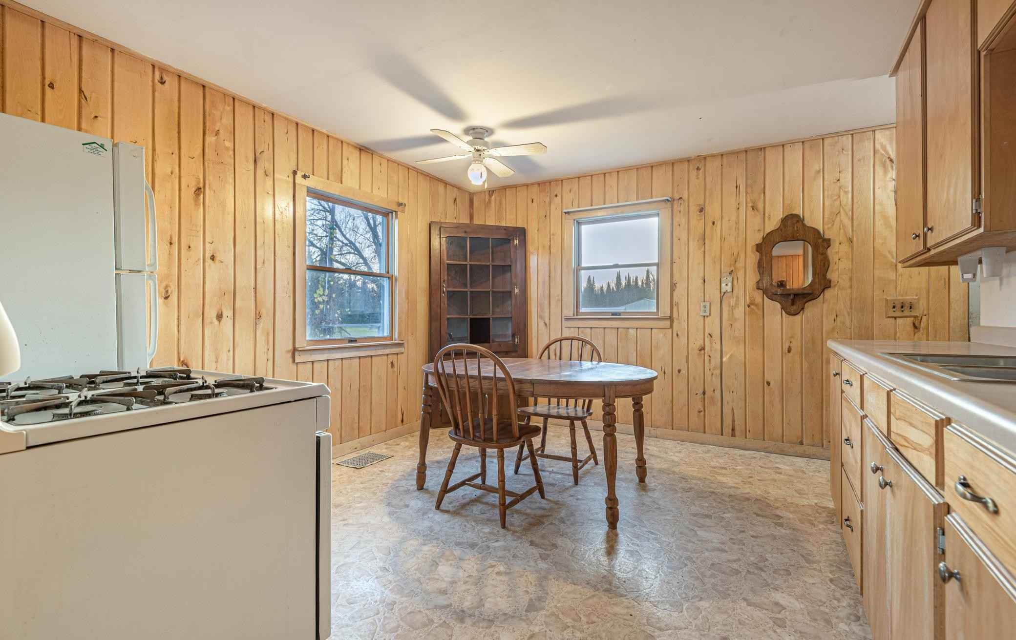 View 31 photos of this 3 bed, 2 bath, and 1,170 sqft. single_family home located at 19103 County Road 444, Warba, Minnesota 55793 is Pending for $179,900.