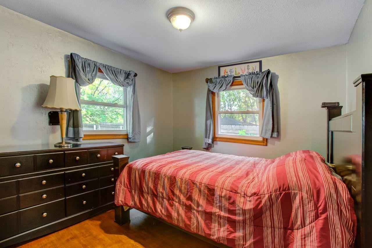 View 21 photos of this 4 bed, 2 bath, and 1,856 sqft. single_family home located at 3618 Indiana Ave N, Robbinsdale, Minnesota 55422 is Active for $295,500.
