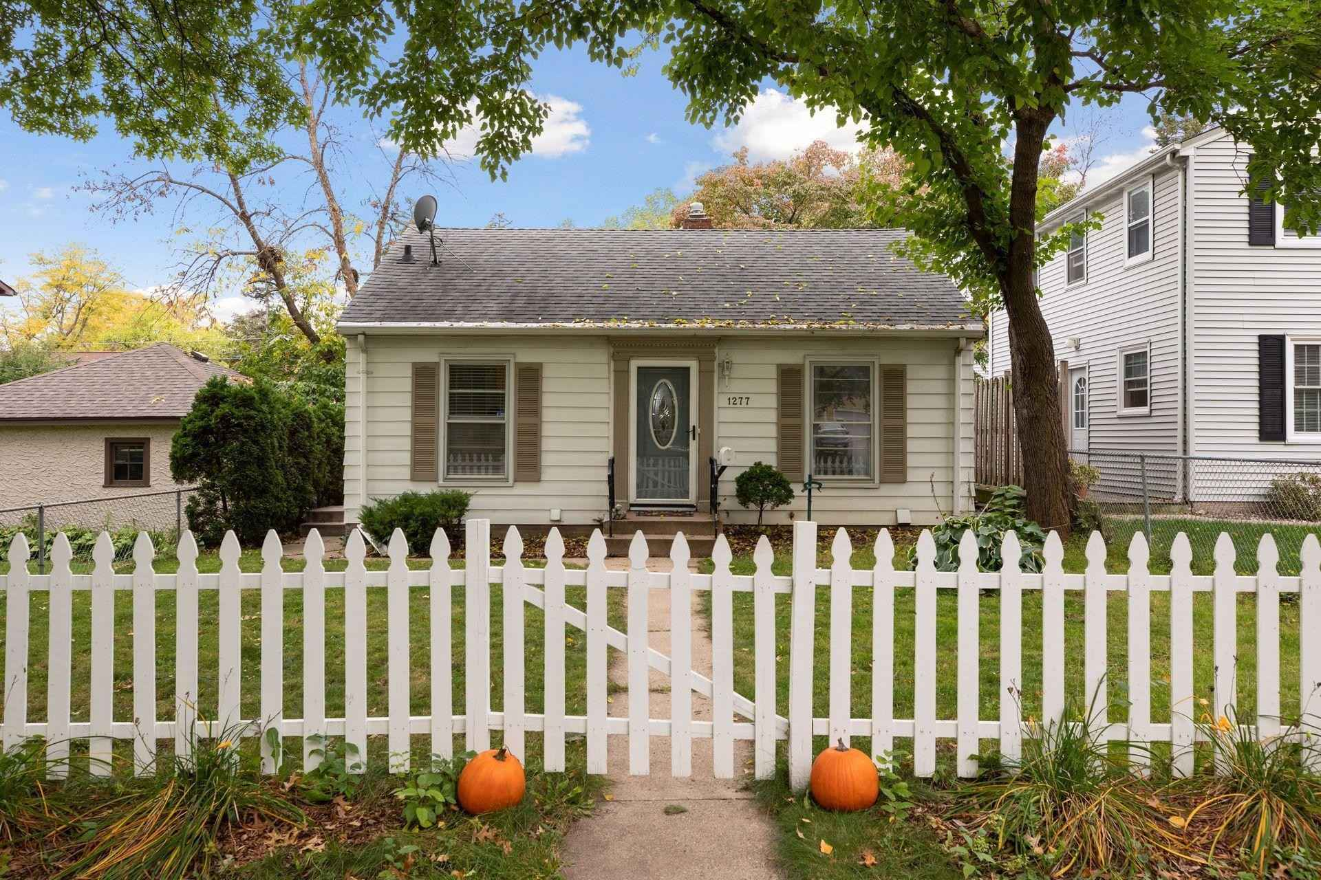 View 66 photos of this 2 bed, 1 bath, and 920 sqft. single_family home located at 1277 Maywood St, Saint Paul, Minnesota 55117 is Active for $250,000.