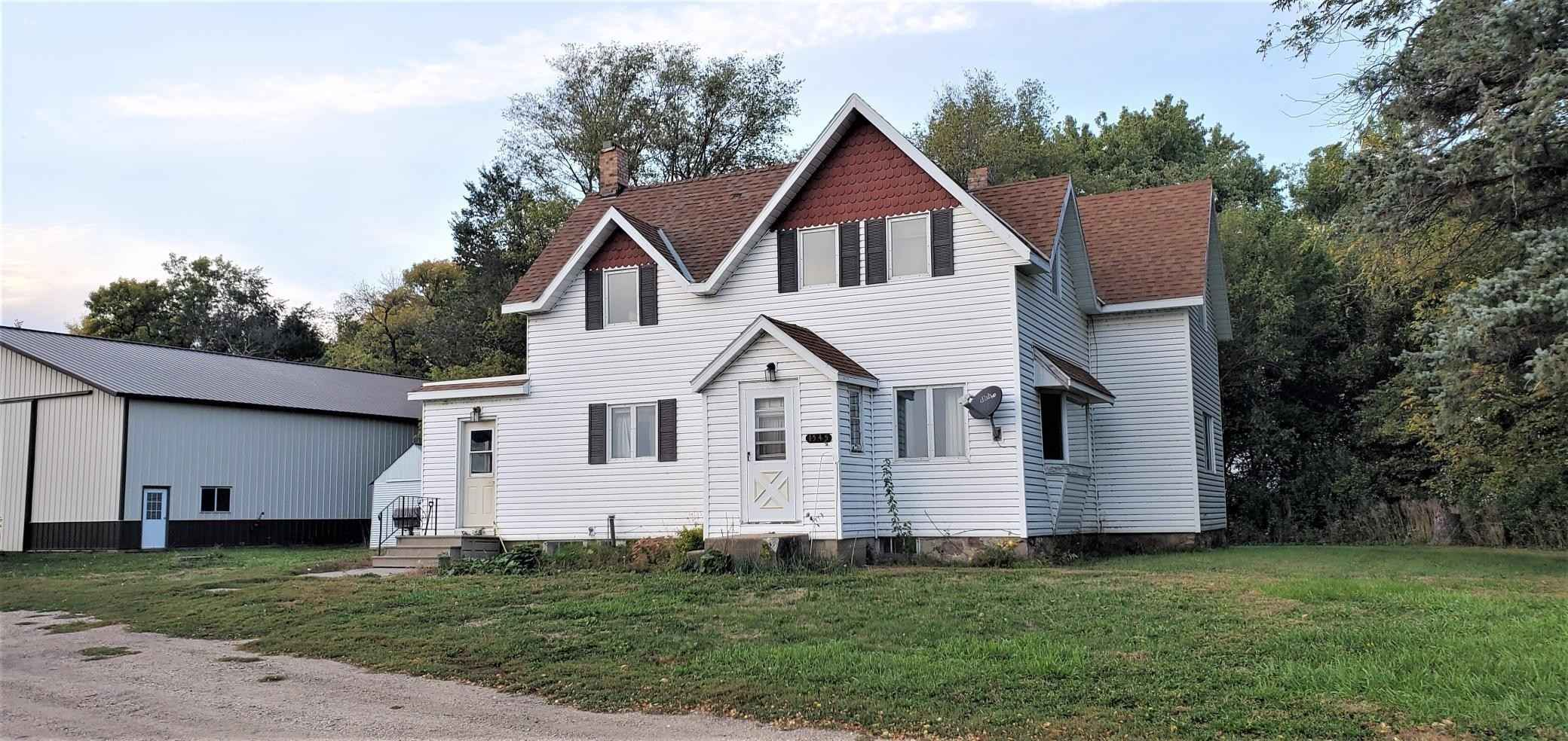 View 19 photos of this 4 bed, 1 bath, and 1,578 sqft. single_family home located at 1545 560th St, Wood Lake, Minnesota 56297 is Active for $220,000.