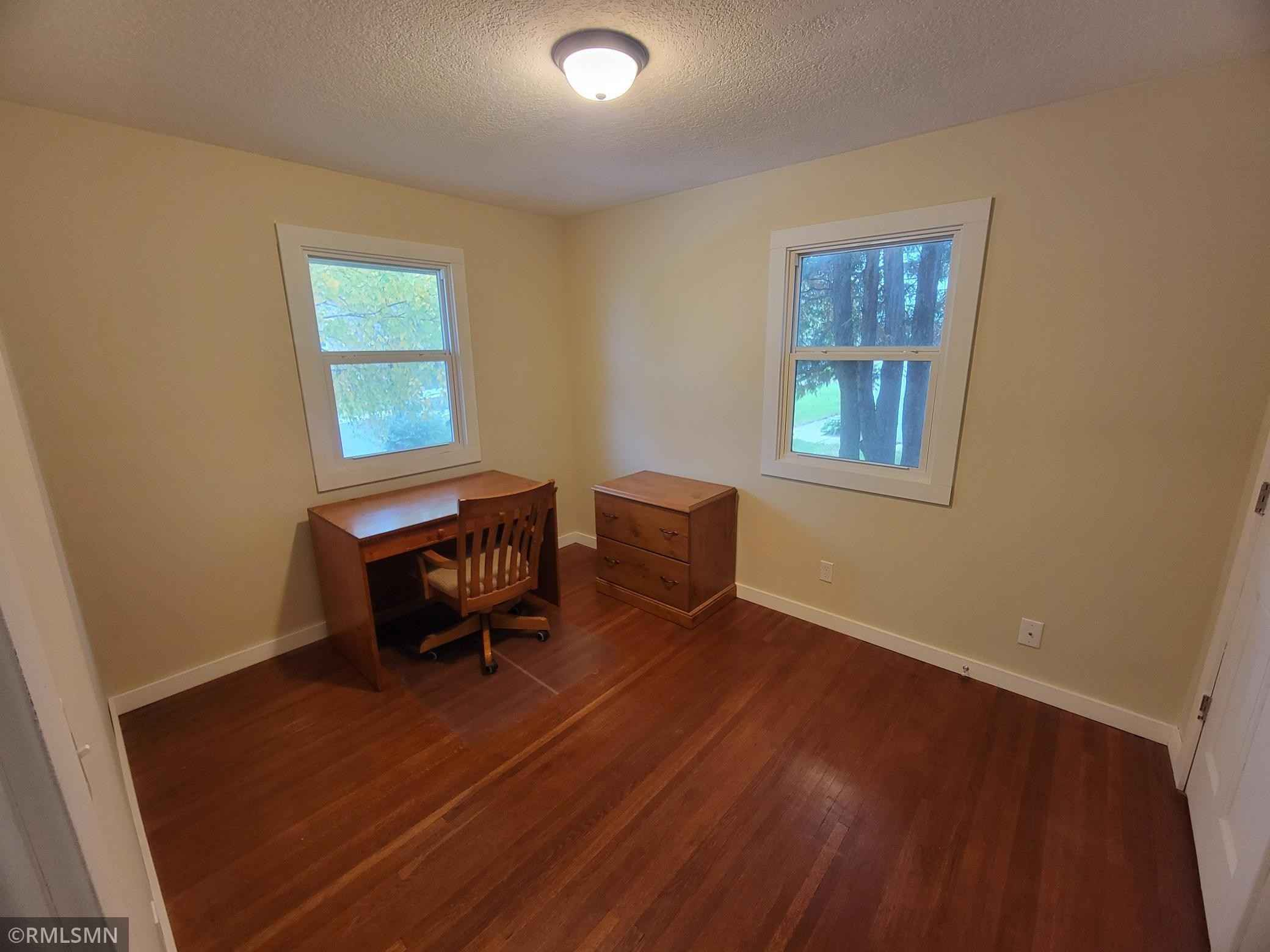 View 24 photos of this 3 bed, 2 bath, and 1,560 sqft. single_family home located at 104 5th St NE, Mayer, Minnesota 55360 is Active for $229,000.