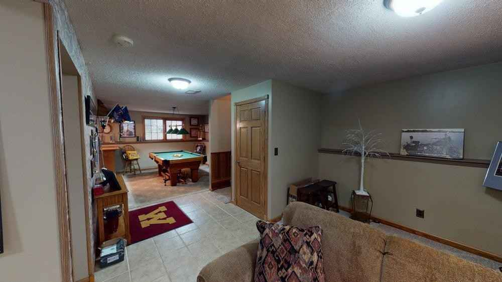 View 56 photos of this 2 bed, 2 bath, and 1,525 sqft. single_family home located at 1105 Eastgate Rd, Albert Lea, Minnesota 56007 is Pending for $164,900.