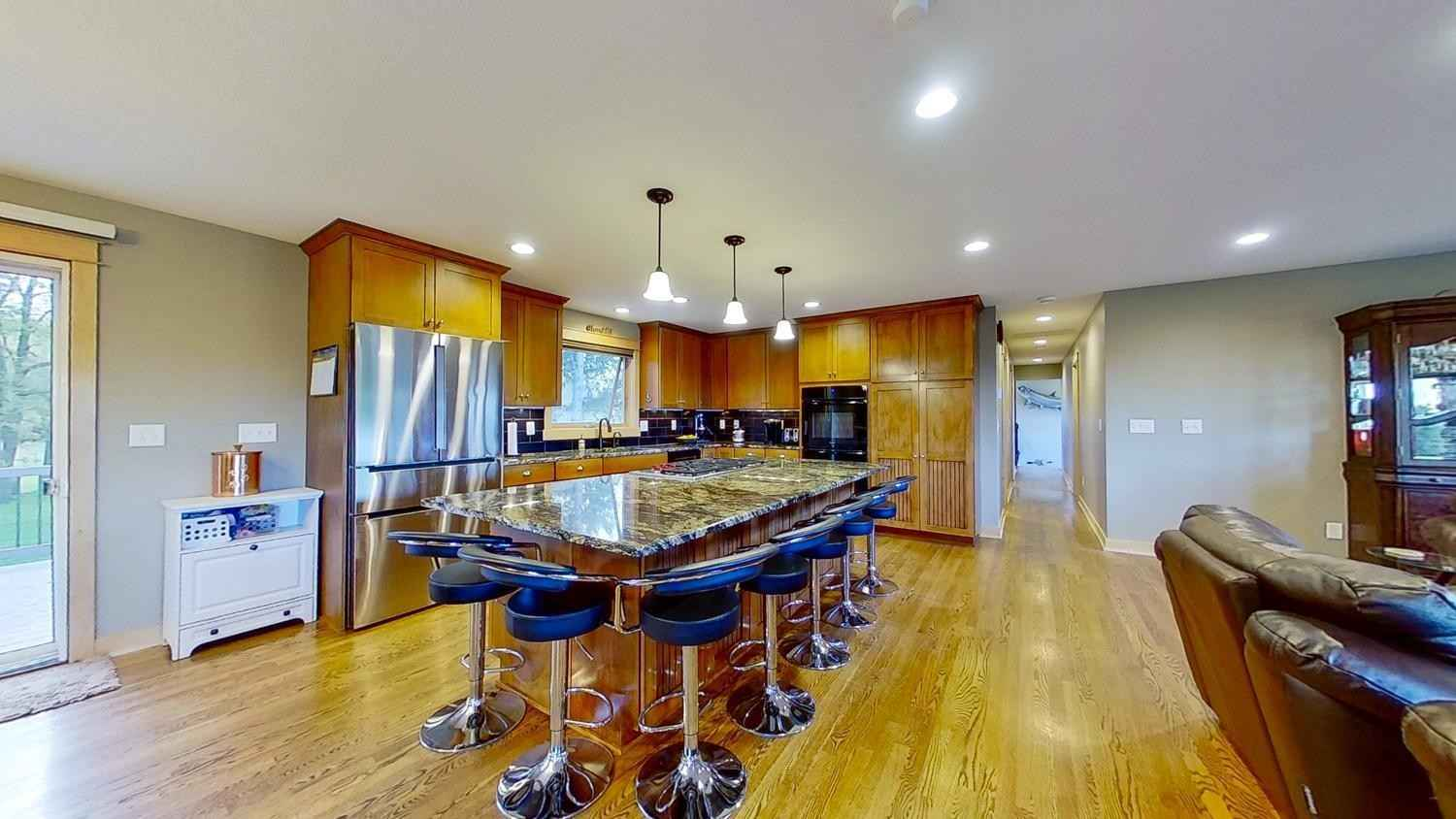 View 55 photos of this 6 bed, 4 bath, and 5,000 sqft. single_family home located at 3730 95th Ave SW, Byron, Minnesota 55920 is Active for $1,450,000.