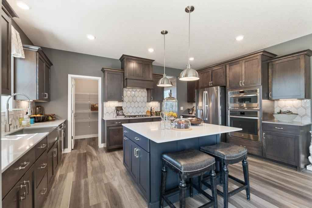 View 95 photos of this 4 bed, 3 bath, and 2,680 sqft. single_family home located at 10772 Juneau Ln N, Maple Grove, Minnesota 55369 is Pending for $625,990.