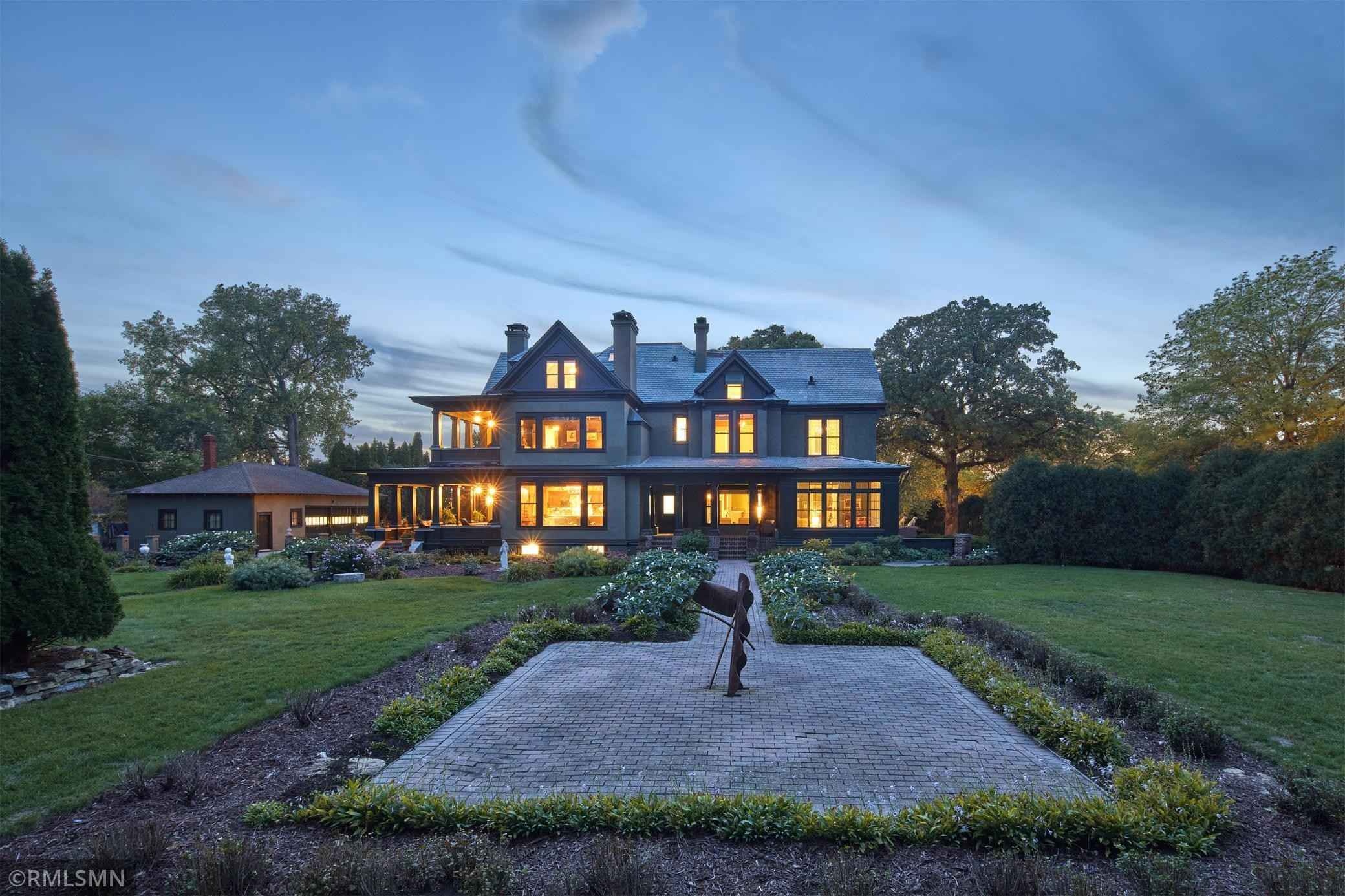 View 96 photos of this 7 bed, 8 bath, and 8,316 sqft. single_family home located at 534 Summit Ave, Saint Paul, Minnesota 55102 is Active for $2,375,000.
