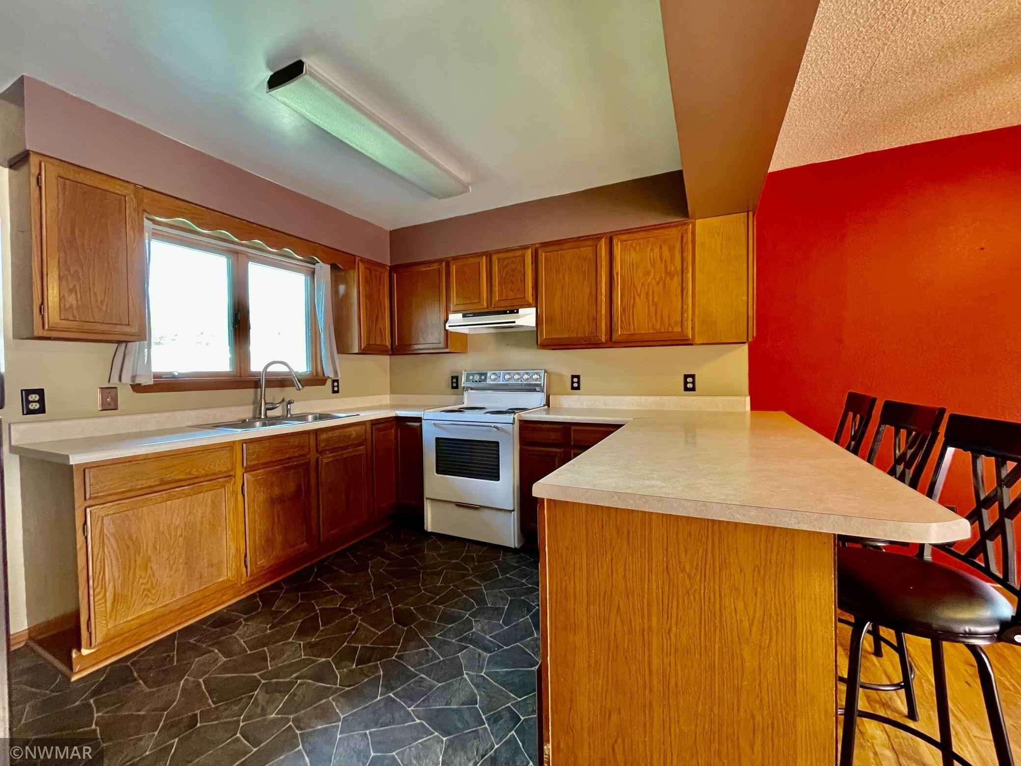 View 40 photos of this 2 bed, 2 bath, and 1,840 sqft. single_family home located at 24484 406th St, Bagley, Minnesota 56621 is Active for $165,000.