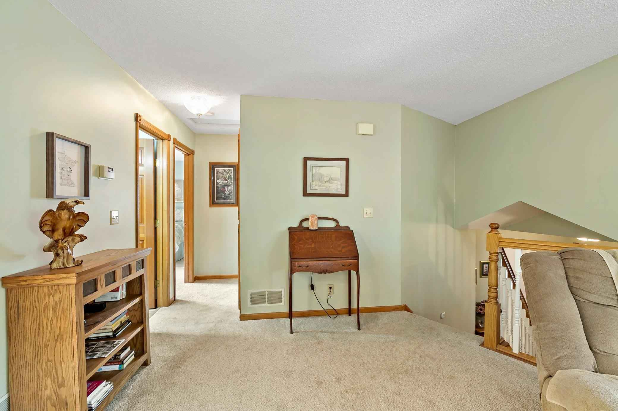 View 53 photos of this 4 bed, 2 bath, and 1,992 sqft. single_family home located at 7733 Wyoming Trl, Chisago City, Minnesota 55013 is Active for $395,000.