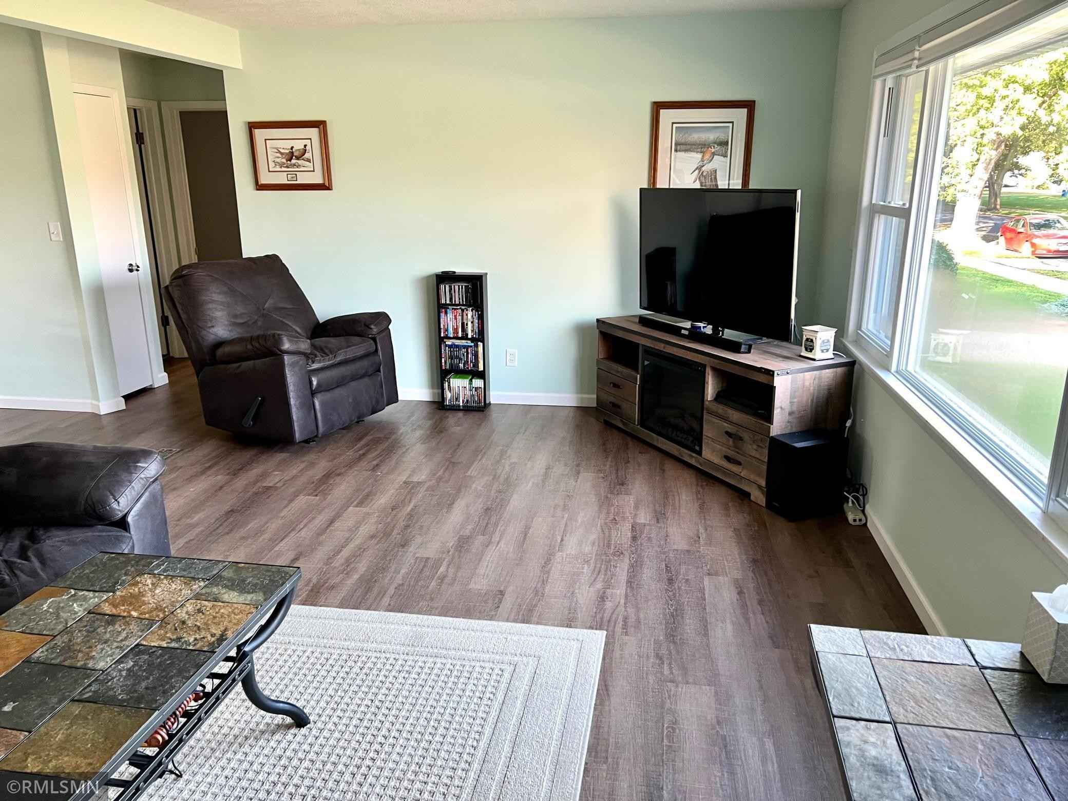 View 16 photos of this 3 bed, 2 bath, and 1,700 sqft. single_family home located at 2010 16 1/2 St NW, Rochester, Minnesota 55901 is Active for $239,900.