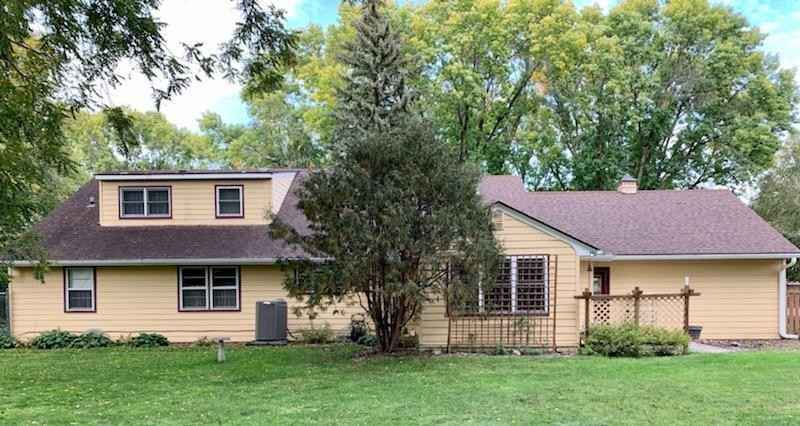 View 28 photos of this 4 bed, 3 bath, and 3,242 sqft. single_family home located at 909 Walnut Pl SW, Willmar, Minnesota 56201 is Pending for $249,000.