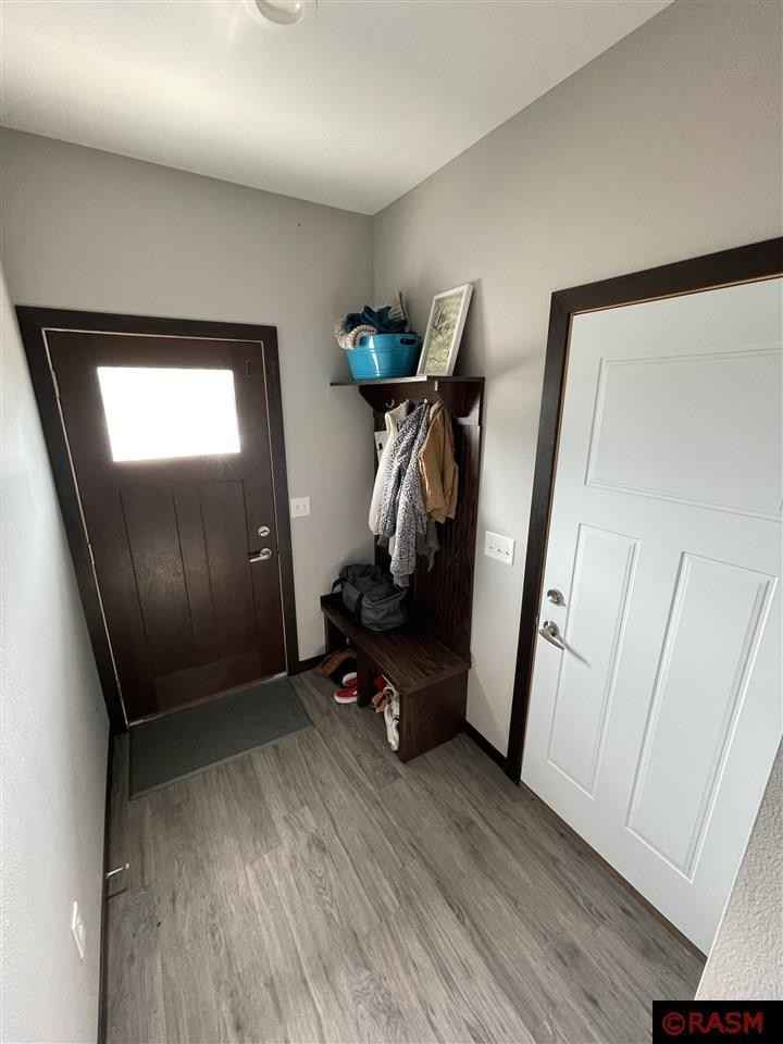 View 33 photos of this 4 bed, 3 bath, and 1,650 sqft. condo home located at 2220 Rolling Green Trl, North Mankato, Minnesota 56003 is Active for $244,000.