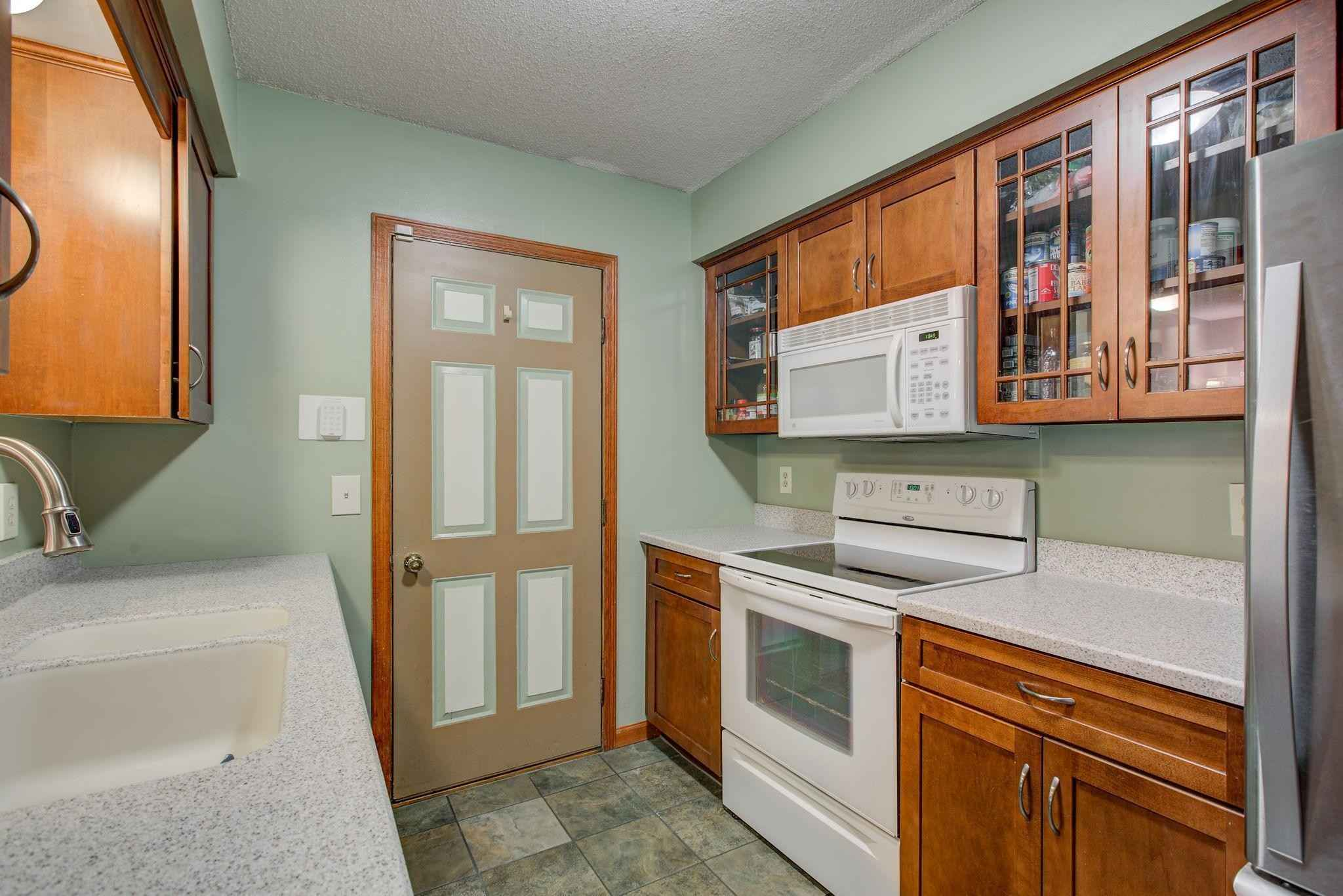 View 26 photos of this 2 bed, 1 bath, and 832 sqft. condo home located at 8409 Yates Ave N, Brooklyn Park, Minnesota 55443 is Active for $179,900.