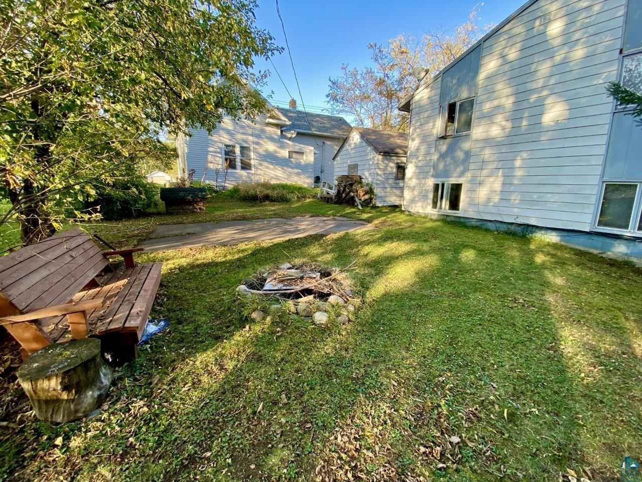 View 16 photos of this 3 bed, 2 bath, and 1,500 sqft. single_family home located at 605 Allen St, Cloquet, Minnesota 55720 is PENDING for $130,000.