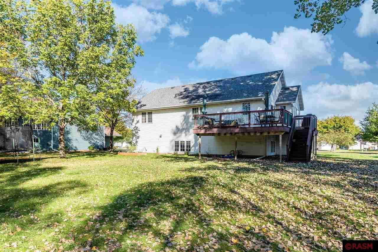View 32 photos of this 5 bed, 3 bath, and 2,764 sqft. single_family home located at 1719 LA Mar Dr, North Mankato, Minnesota 56003 is Pending for $349,900.