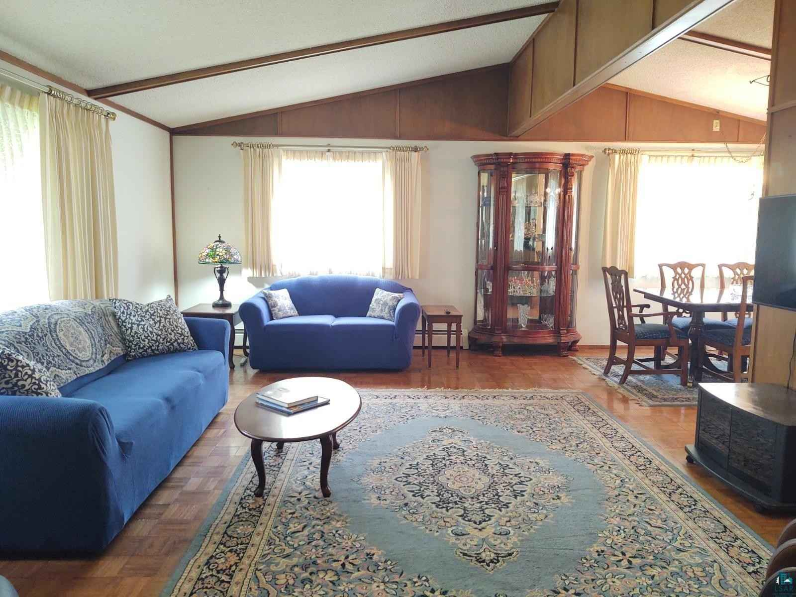 View 32 photos of this 2 bed, 2 bath, and 1,930 sqft. single_family home located at 915 Maple Grove Rd, Duluth, Minnesota 55811 is ACTIVE for $195,000.