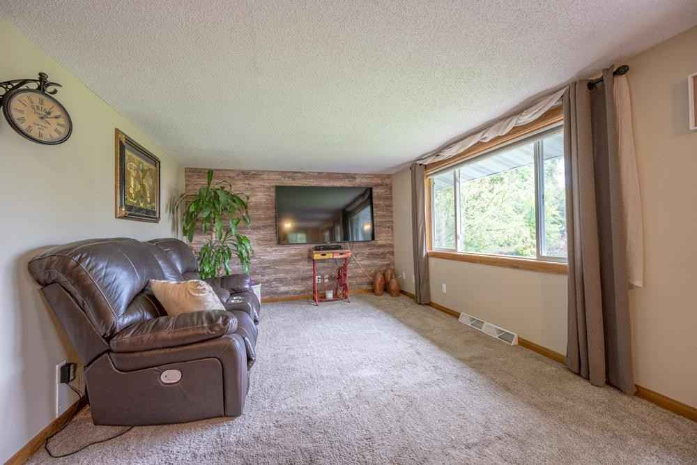View 16 photos of this 2 bed, 1 bath, and 688 sqft. single_family home located at 28723 143rd St NW, Zimmerman, Minnesota 55398 is Active for $260,000.