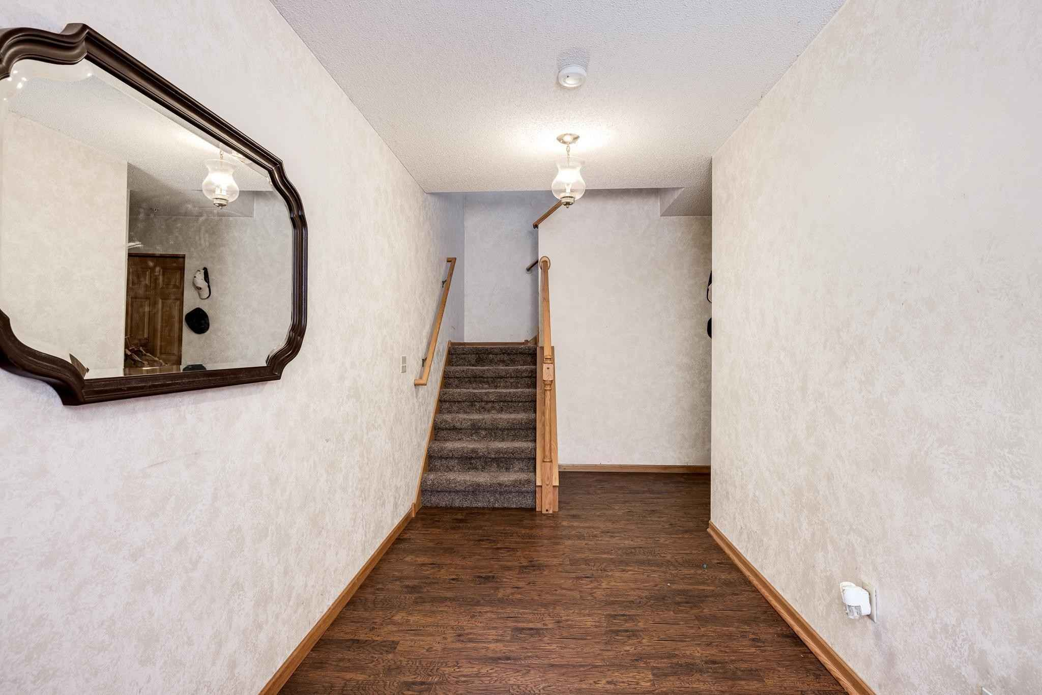 View 20 photos of this 2 bed, 2 bath, and 1,550 sqft. condo home located at 1061 108th Ln NW, Coon Rapids, Minnesota 55433 is Active for $225,000.