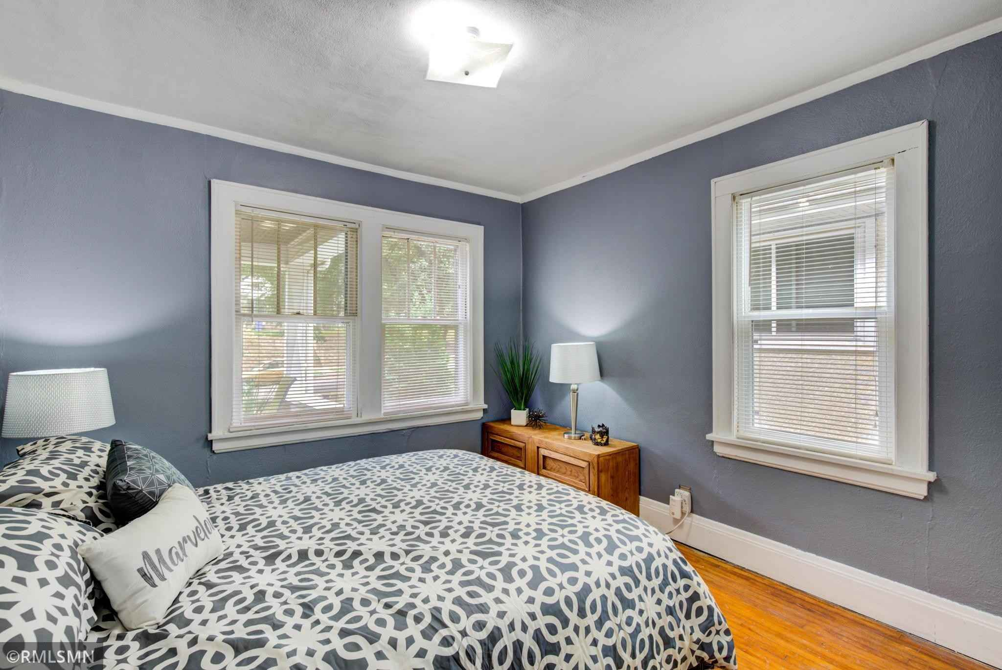 View 25 photos of this 2 bed, 1 bath, and 760 sqft. single_family home located at 1570 Stillwater Ave, Saint Paul, Minnesota 55106 is Active for $169,432.