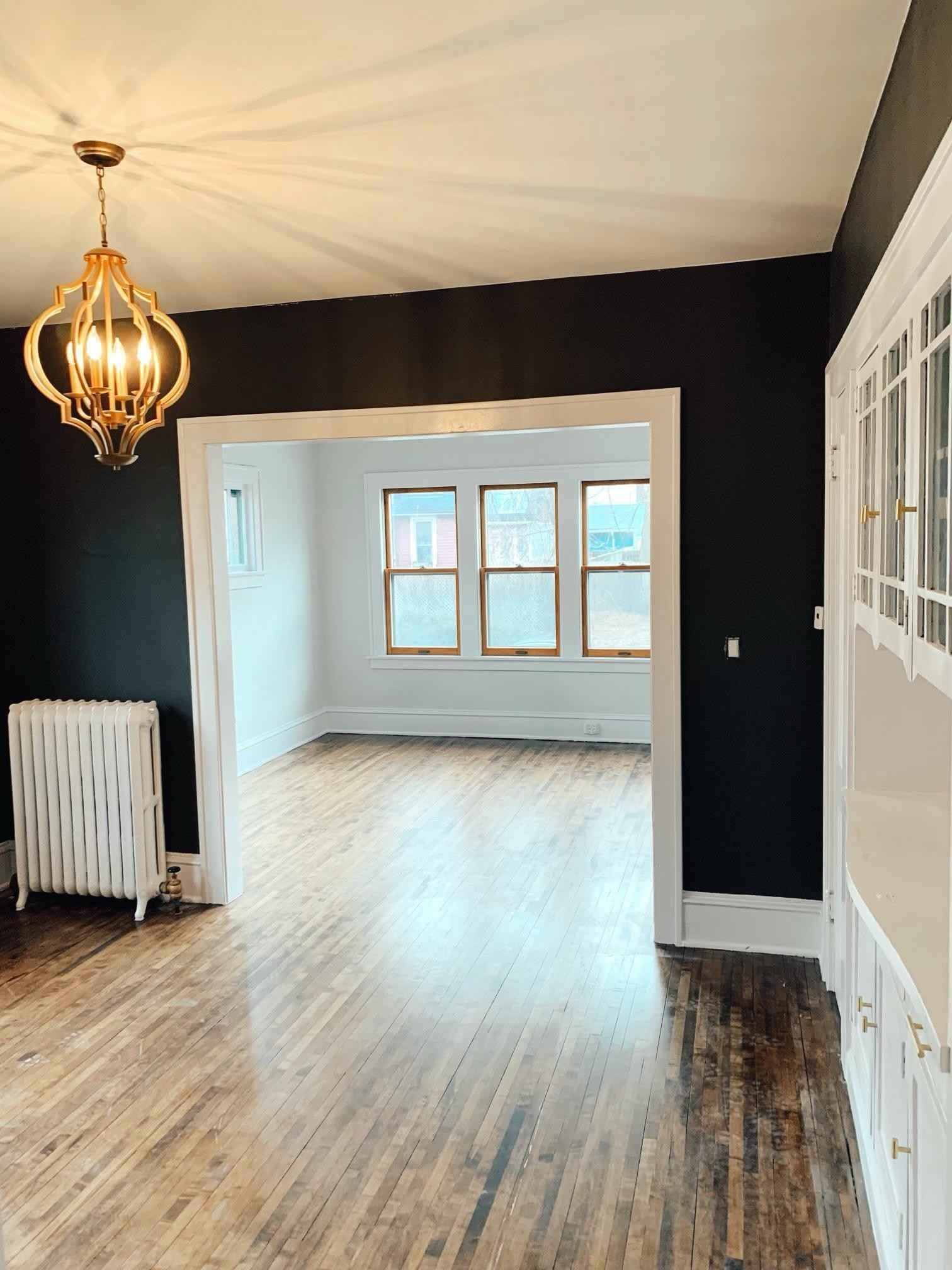 View 12 photos of this 2 bed, 1 bath, and 800 sqft. condo home located at 611 E 16th St Apt 2, Minneapolis, Minnesota 55404 is Active for $175,000.
