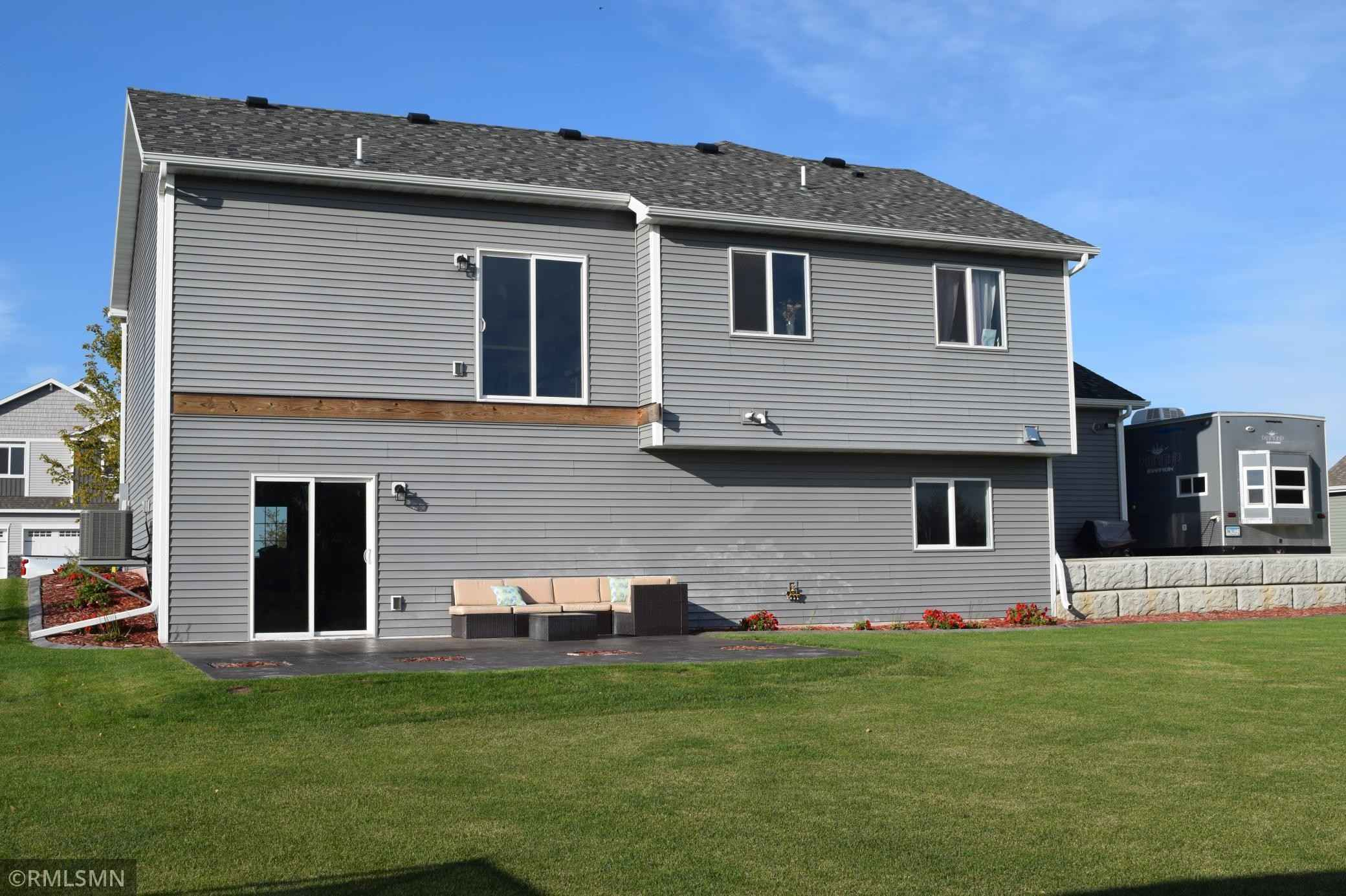 View 31 photos of this 3 bed, 2 bath, and 1,560 sqft. single_family home located at 725 Lauren Ave, Clearwater, Minnesota 55320 is Active for $324,900.