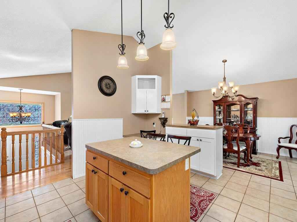 View 32 photos of this 5 bed, 2 bath, and 2,762 sqft. single_family home located at 18585 82nd Pl N, Maple Grove, Minnesota 55311 is Active for $475,000.