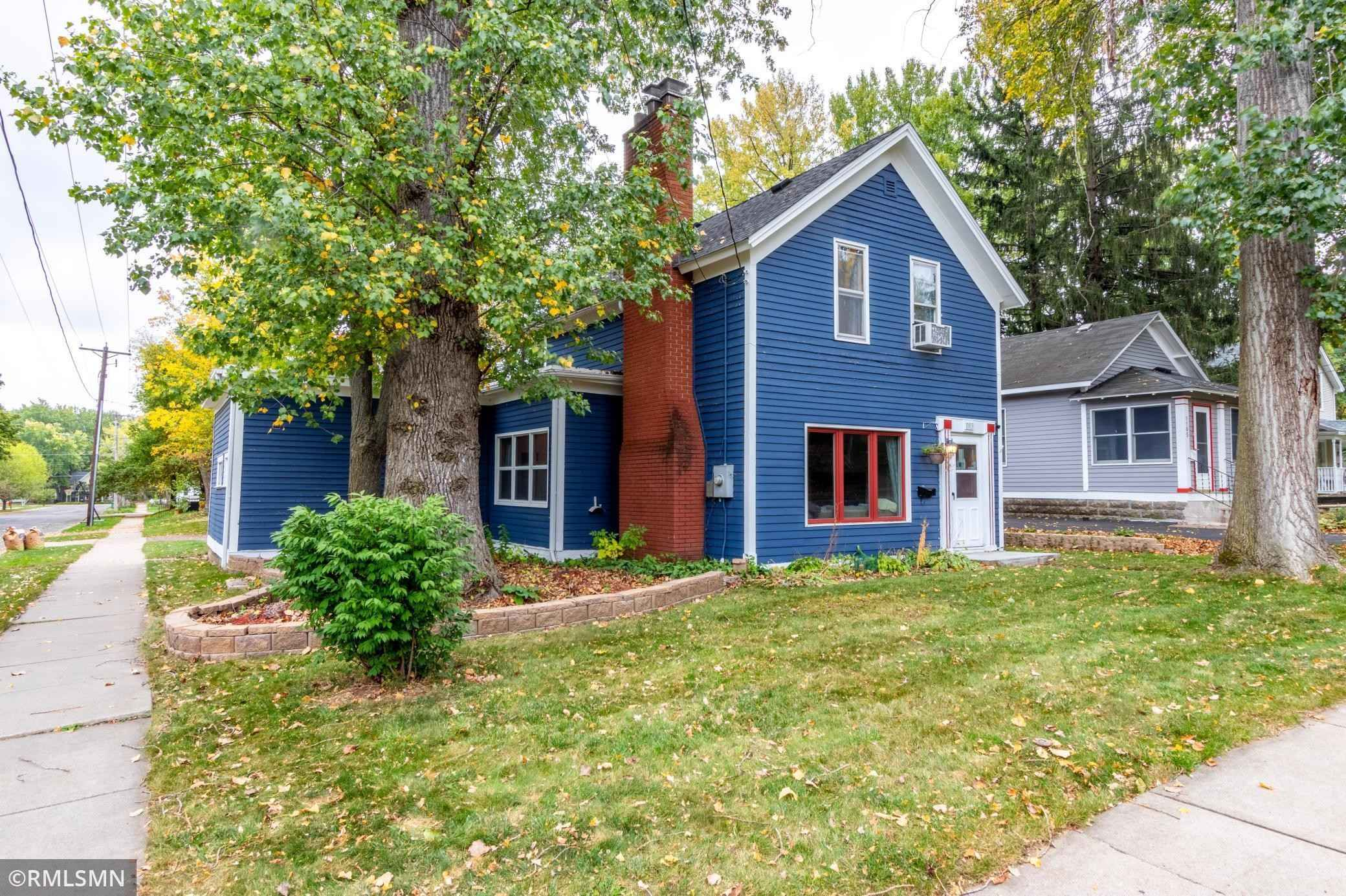 View 25 photos of this 3 bed, 2 bath, and 1,897 sqft. single_family home located at 1103 2nd St S, Stillwater, Minnesota 55082 is Active for $259,900.
