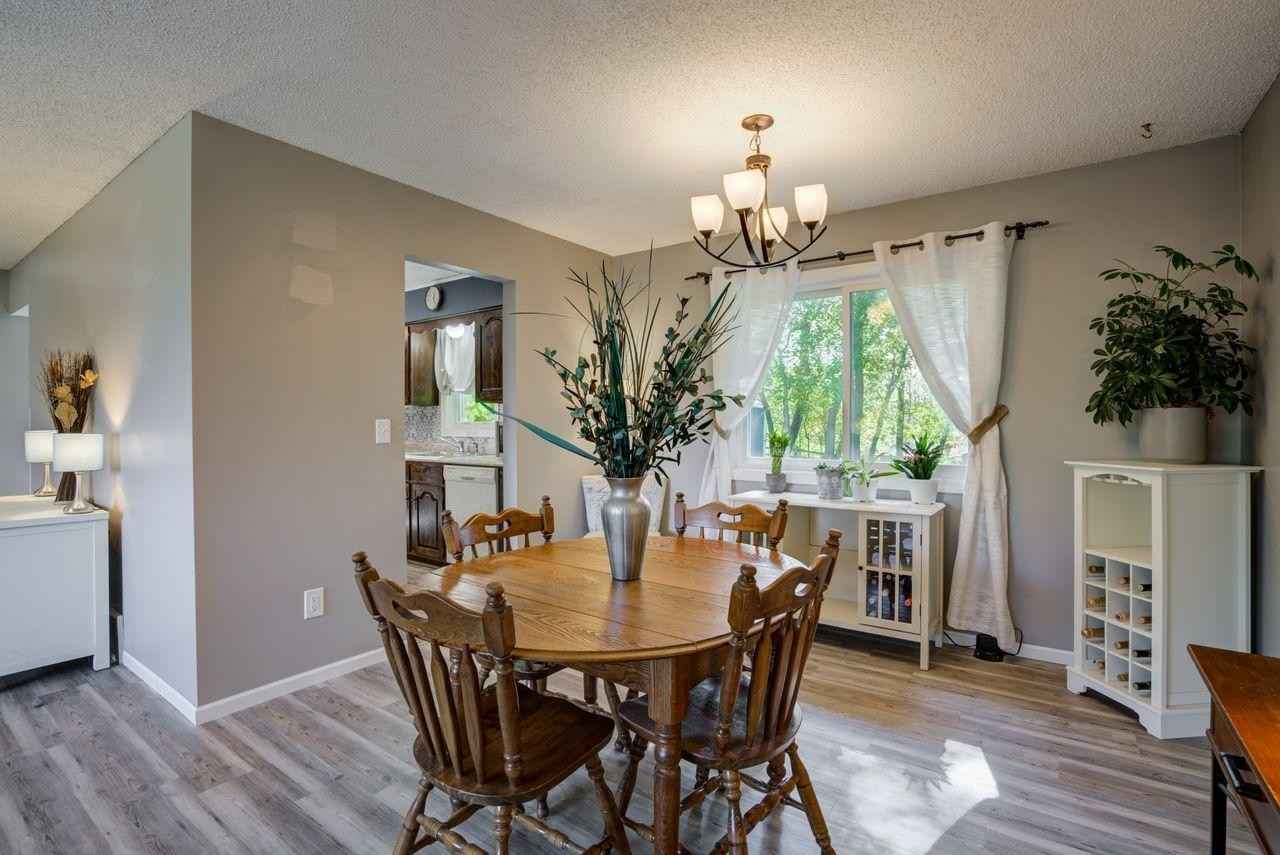 View 30 photos of this 3 bed, 2 bath, and 1,696 sqft. single_family home located at 2378 Teakwood Dr E, Maplewood, Minnesota 55119 is Active for $299,900.