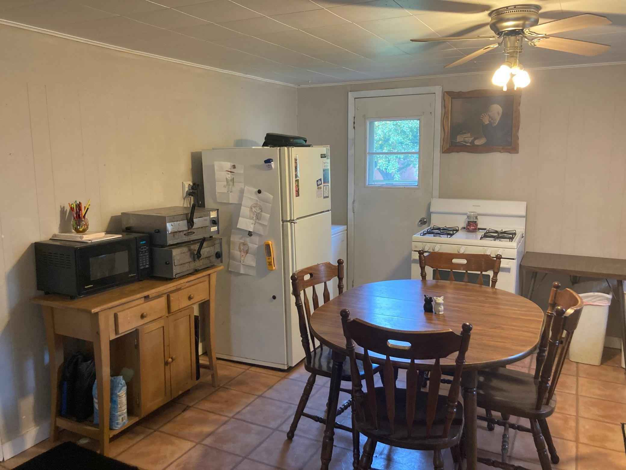 View 8 photos of this 2 bed, 1 bath, and 744 sqft. single_family home located at 508 Pine St, Paynesville, Minnesota 56362 is Pending for $69,500.