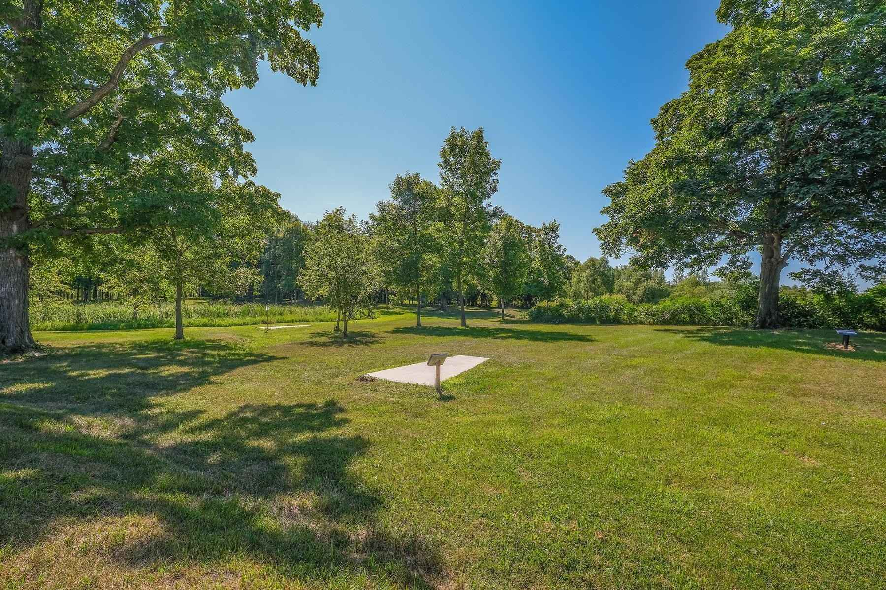 View 11 photos of this 3 bed, 3 bath, and 1,765 sqft. condo home located at 1024 White Tail Ln, Montrose, Minnesota 55363 is Active for $289,900.