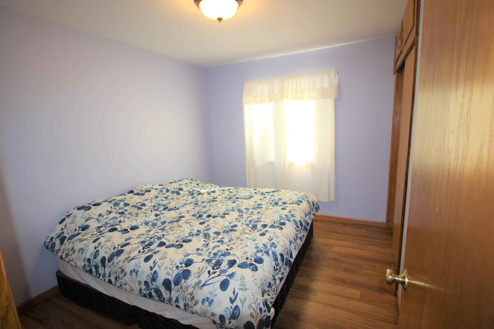 View 13 photos of this 3 bed, 2 bath, and 1,921 sqft. single_family home located at 1206 Skillman Ave E, Saint Paul, Minnesota 55109 is Active for $280,000.