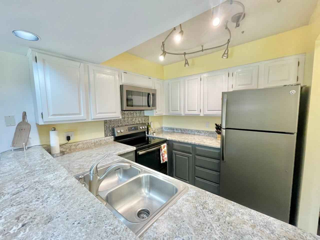 View 30 photos of this 1 bed, 1 bath, and 870 sqft. condo home located at 536 Quadna Mountain Rd Unit 536, Hill City, Minnesota 55748 is Pending for $59,900.