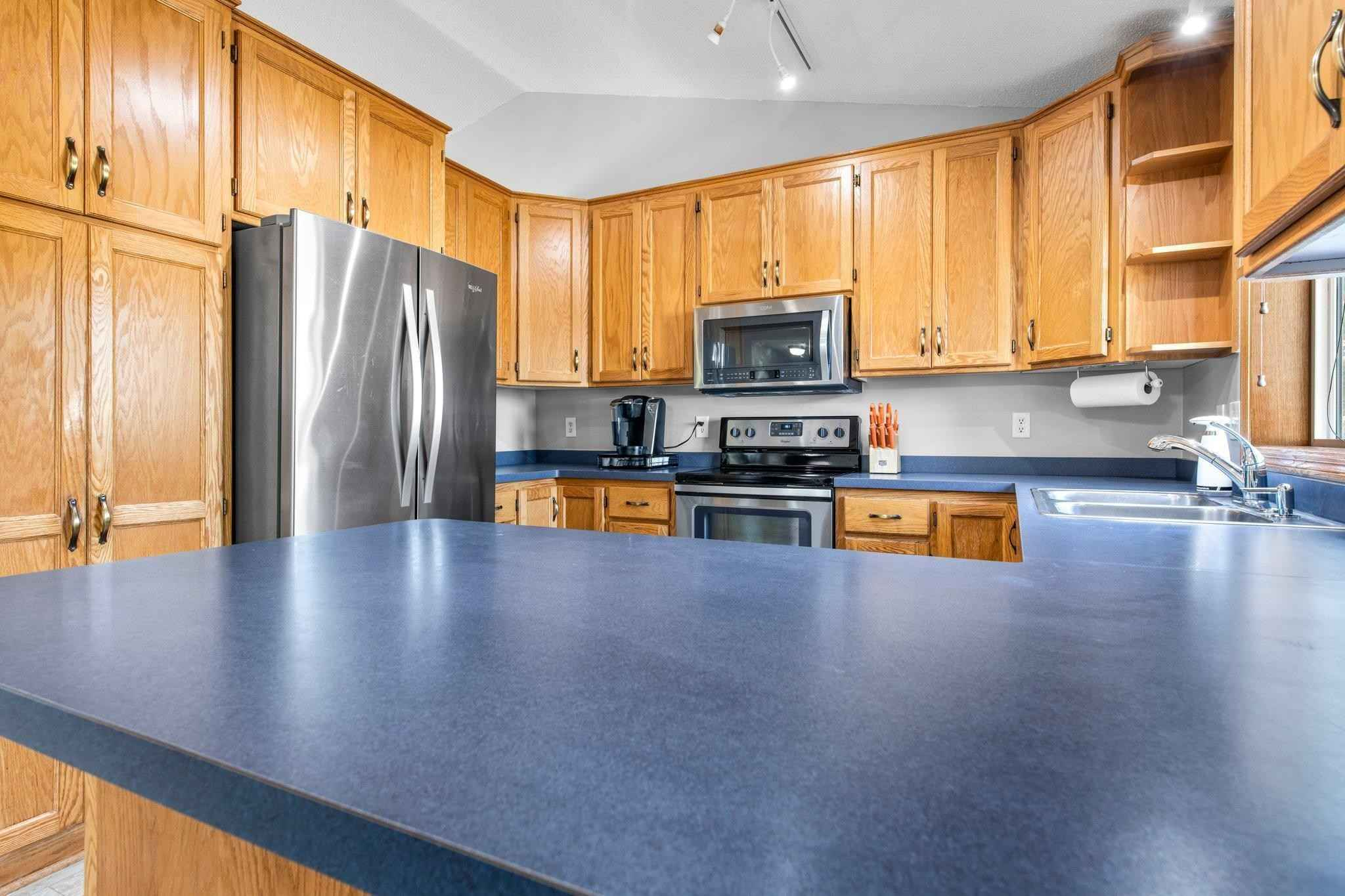 View 46 photos of this 3 bed, 2 bath, and 1,805 sqft. single_family home located at 1002 Wentlock Ct NW, Isanti, Minnesota 55040 is Active for $269,900.