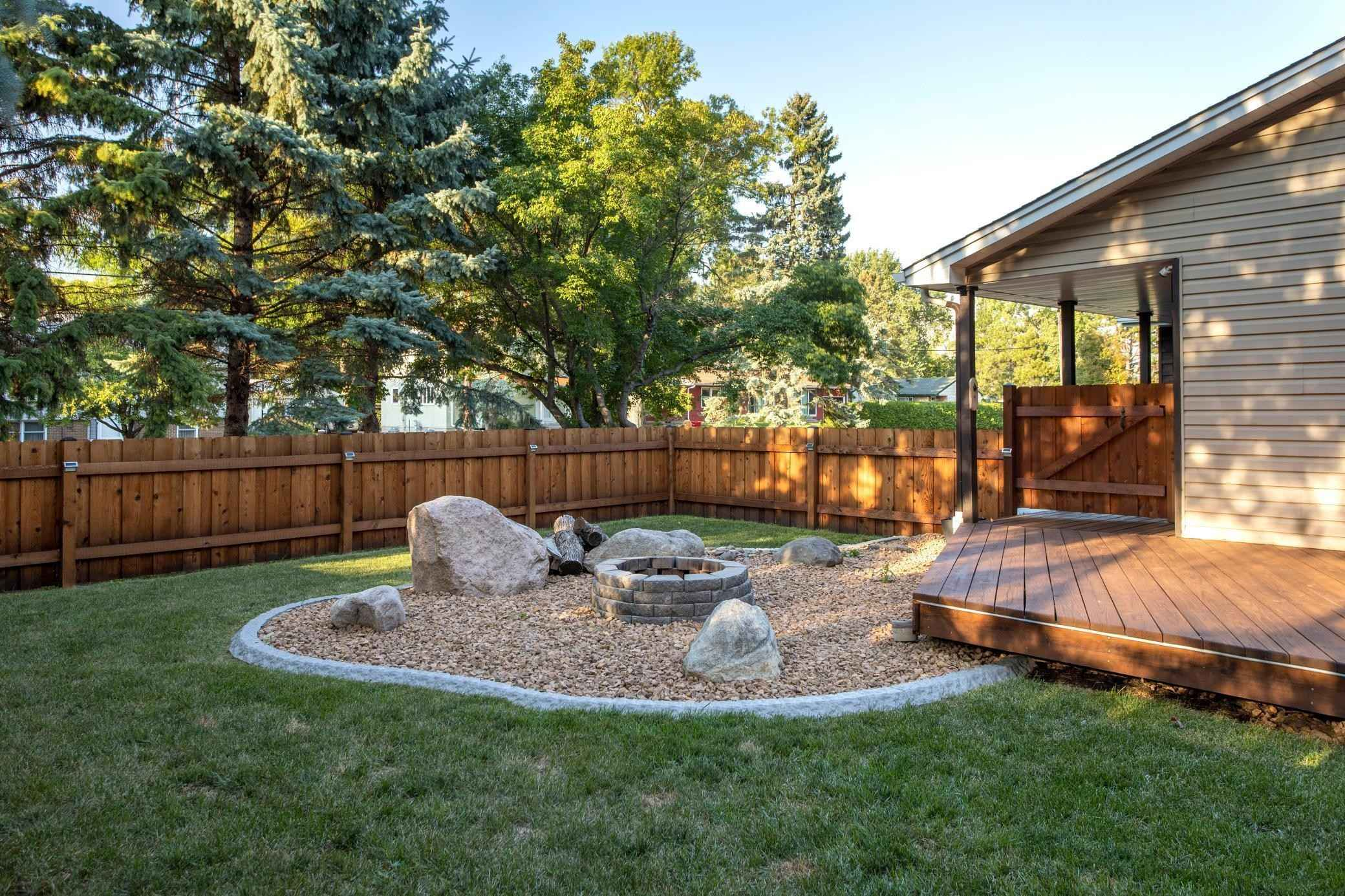 View 32 photos of this 3 bed, 3 bath, and 2,034 sqft. single_family home located at 672 Harriet Ave, Shoreview, Minnesota 55126 is Pending for $425,000.