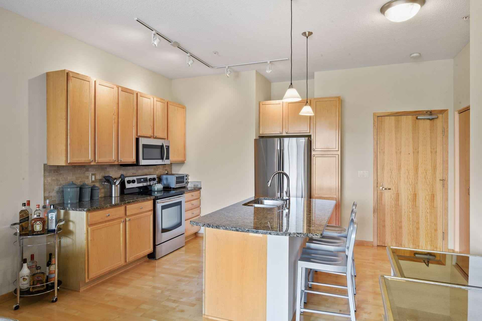 View 38 photos of this 2 bed, 1 bath, and 1,041 sqft. condo home located at 4525 Park Commons Dr Unit 317, Saint Louis Park, Minnesota 55416 is Active for $307,500.