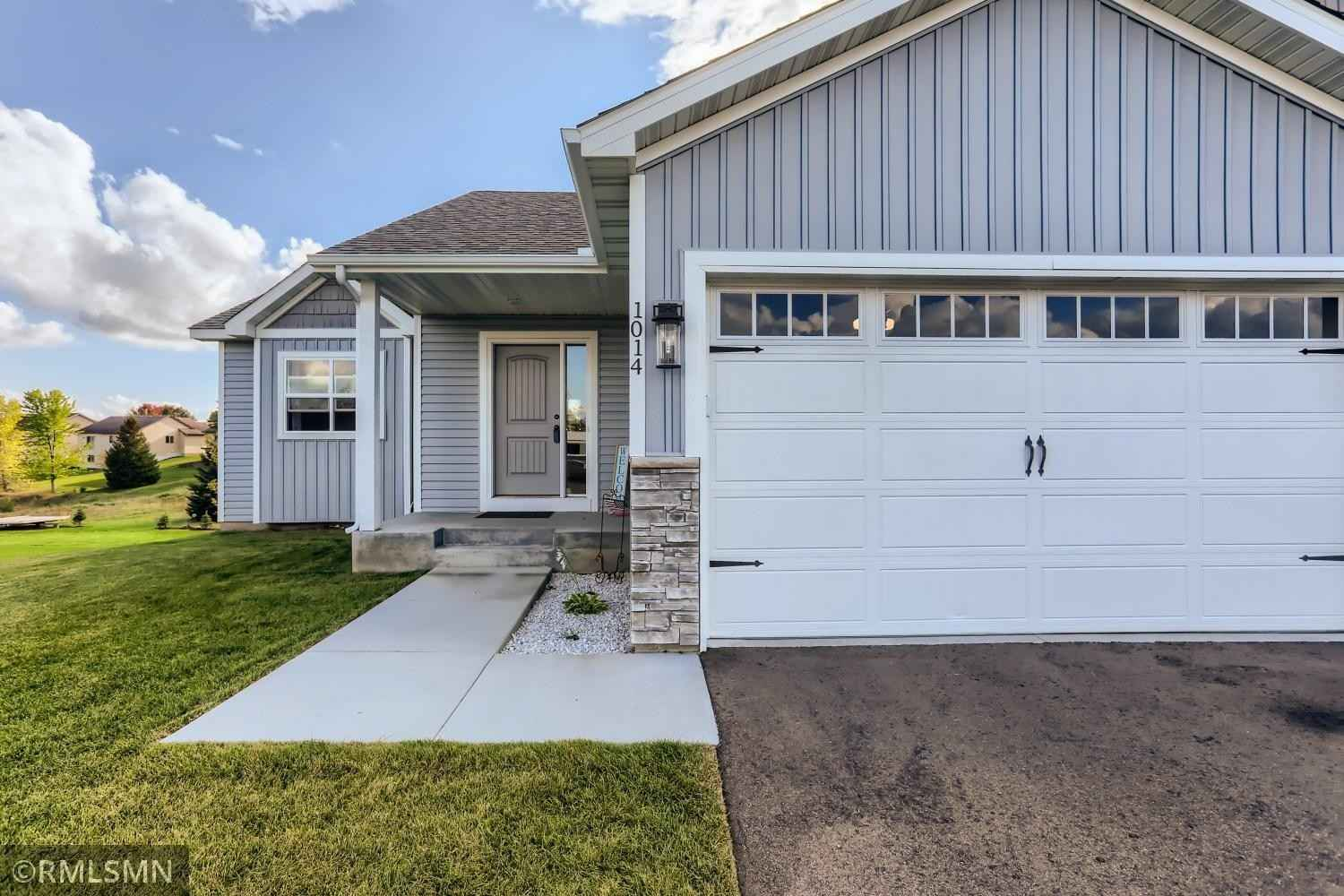 View 25 photos of this 3 bed, 2 bath, and 1,274 sqft. single_family home located at 1014 Bellaire Blvd NW, Isanti, Minnesota 55040 is Active for $315,000.