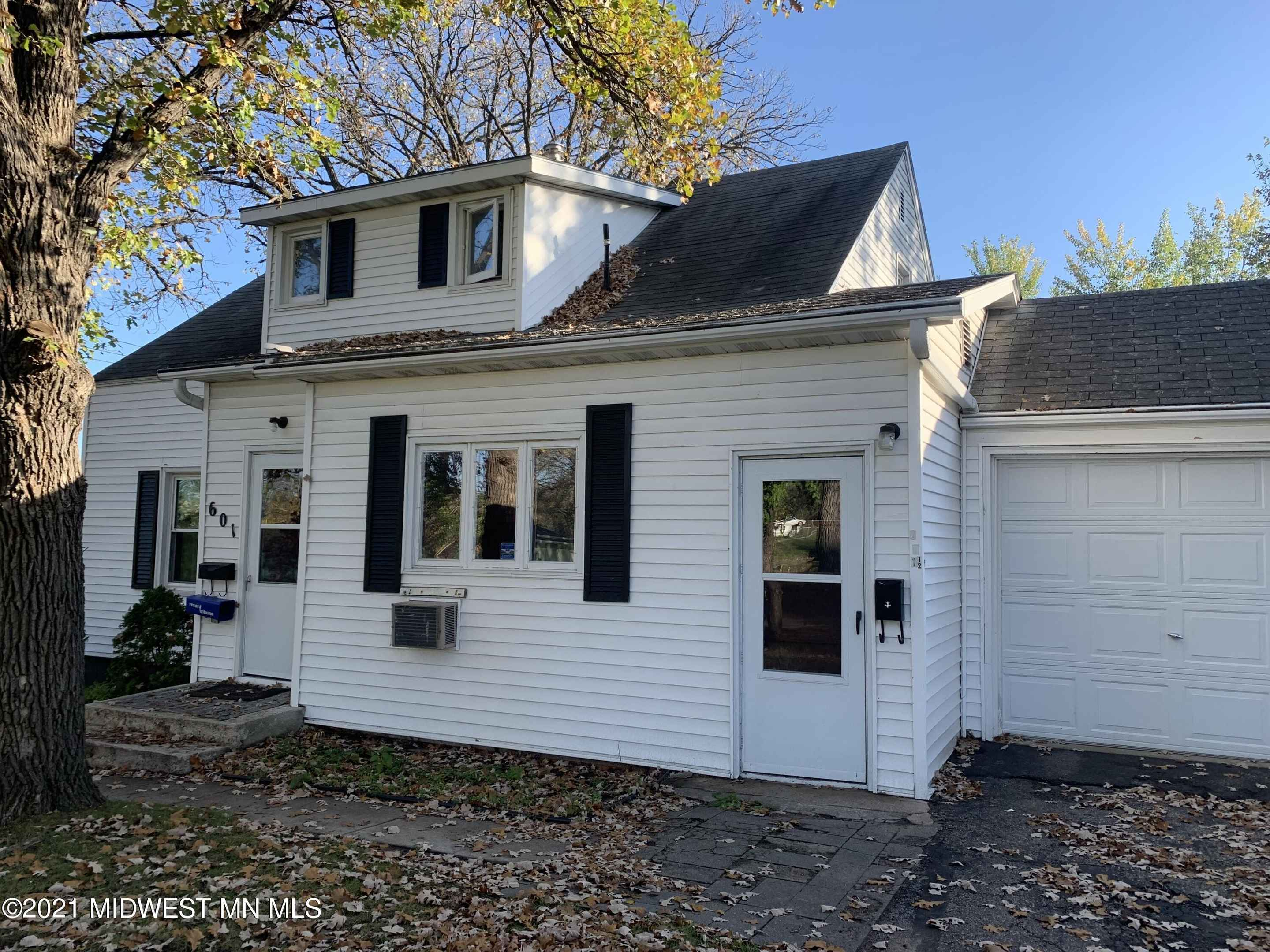 View 31 photos of this 6 bed, 3 bath, and 2,112 sqft. single_family home located at 601 Main St W, Detroit Lakes, Minnesota 56501 is Active for $163,500.