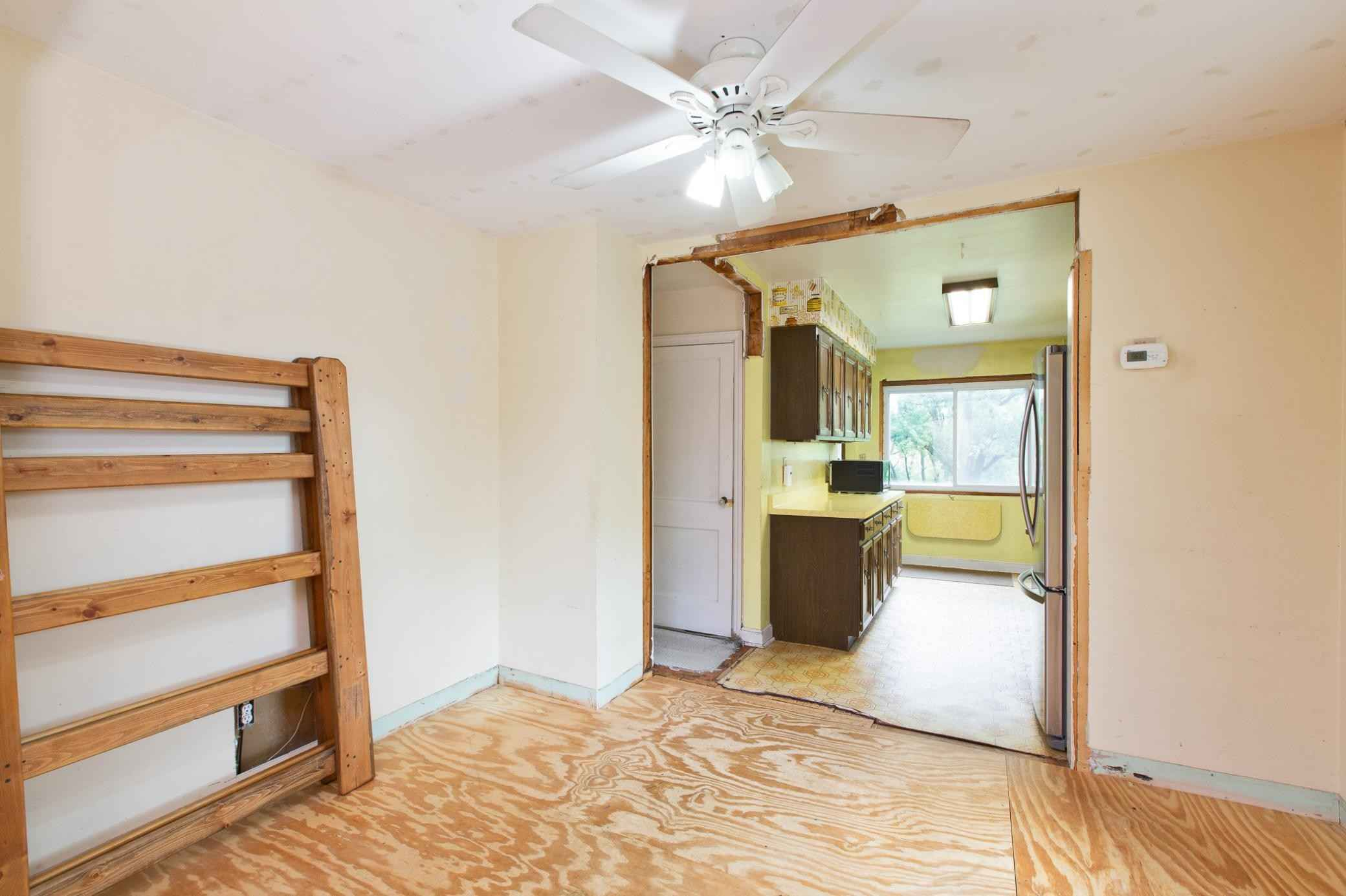 View 52 photos of this 2 bed, 1 bath, and 974 sqft. single_family home located at 7890 Stillwater Blvd N, Saint Paul, Minnesota 55128 is Pending for $224,900.