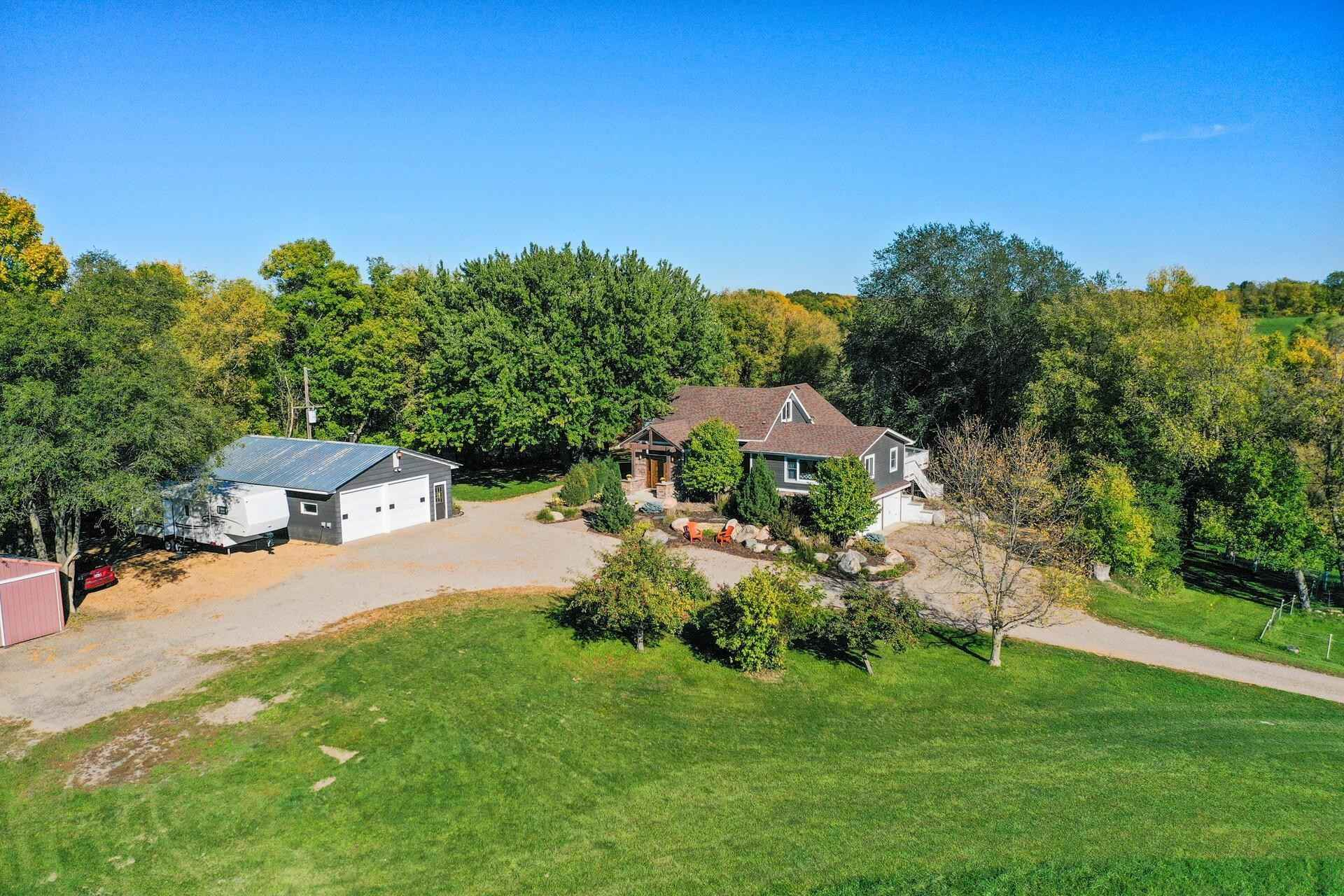 View 52 photos of this 4 bed, 3 bath, and 3,376 sqft. single_family home located at 5700 Town Hall Dr, Loretto, Minnesota 55357 is Pending for $895,000.