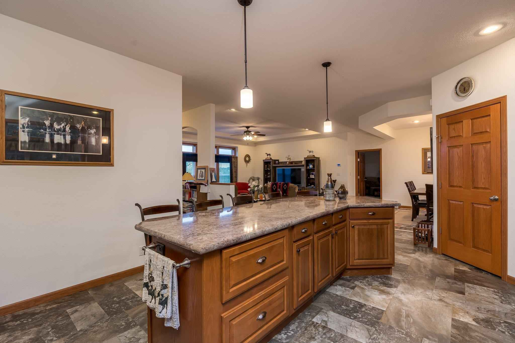 View 41 photos of this 3 bed, 2 bath, and 1,980 sqft. farm home located at 32908 285th Ave, Le Sueur, Minnesota 56058 is Active for $1,365,000.
