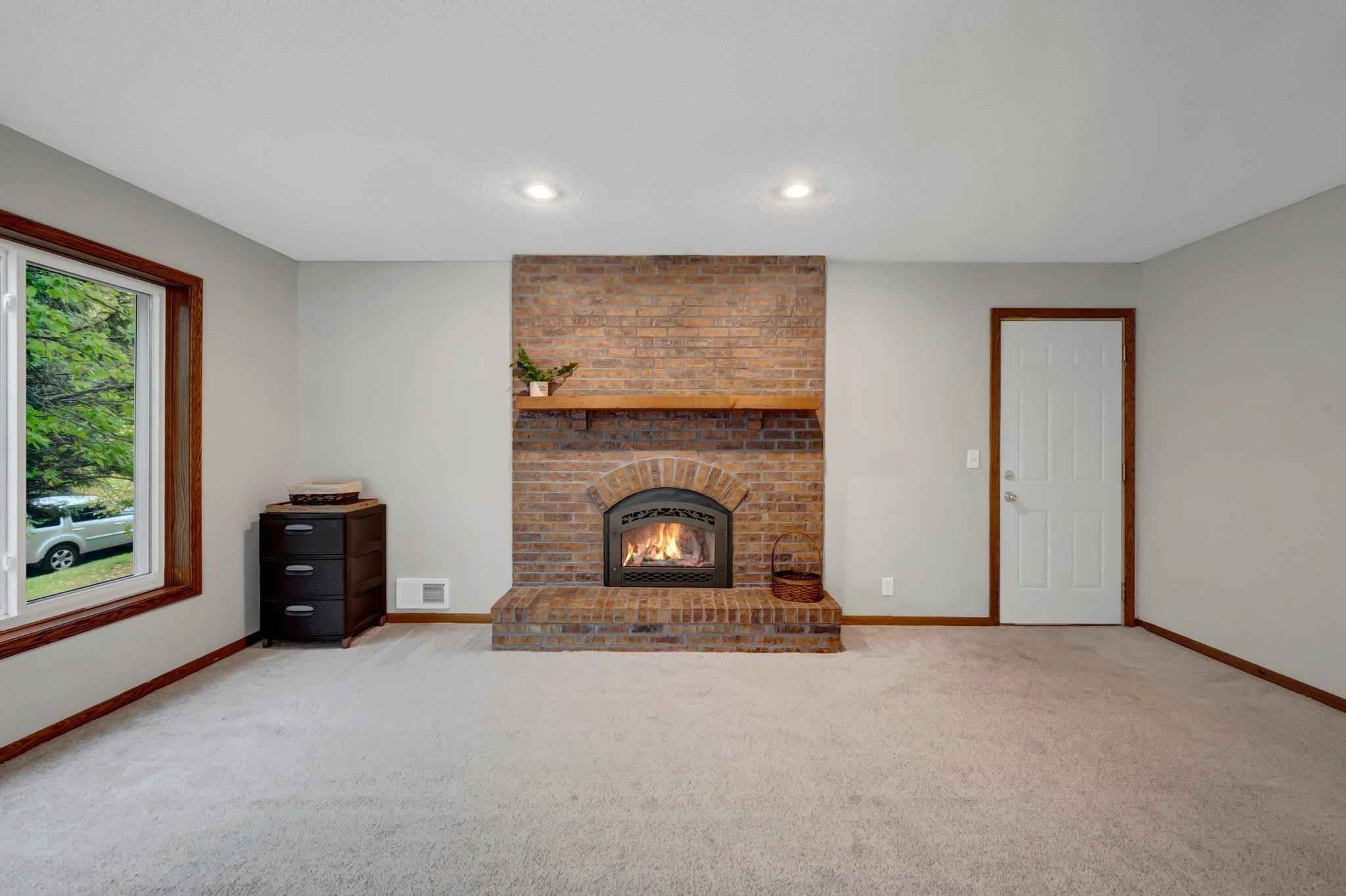 View 23 photos of this 4 bed, 2 bath, and 1,982 sqft. single_family home located at 3561 Cohansey St, Shoreview, Minnesota 55126 is Active for $345,000.