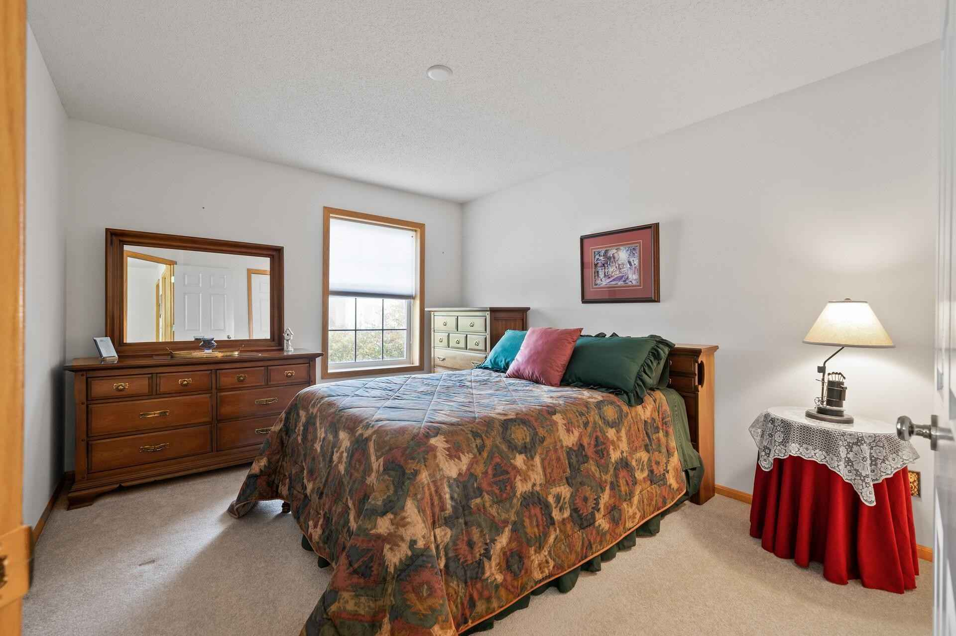 View 32 photos of this 2 bed, 2 bath, and 1,614 sqft. condo home located at 7656 Primrose Pl, Chanhassen, Minnesota 55317 is Pending for $300,000.