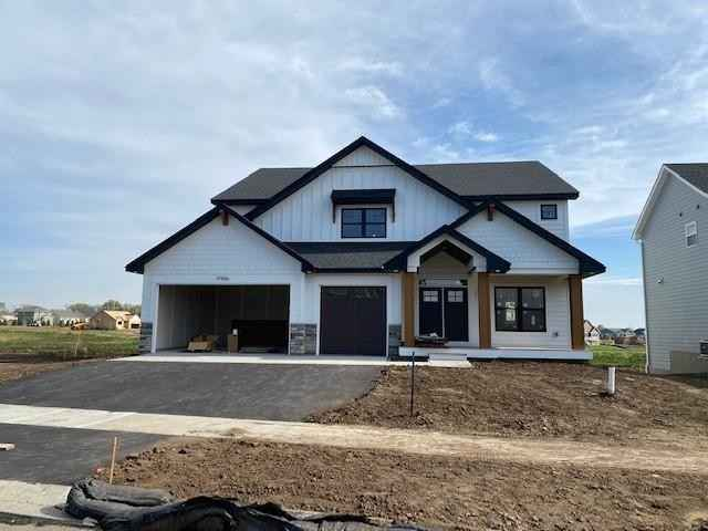 View 1 photos of this 5 bed, 5 bath, and 4,962 sqft. single_family home located at 17966 Hawksbill Dr, Lakeville, Minnesota 55044 is Pending for $729,576.