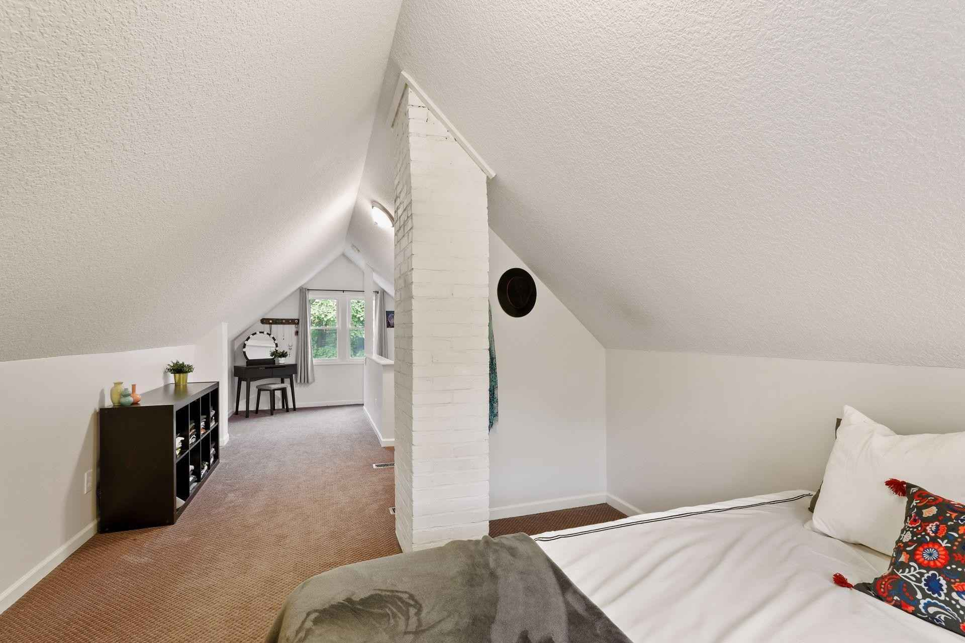 View 36 photos of this 3 bed, 2 bath, and 1,550 sqft. single_family home located at 3309 Beard Ave N, Robbinsdale, Minnesota 55422 is Pending for $250,000.