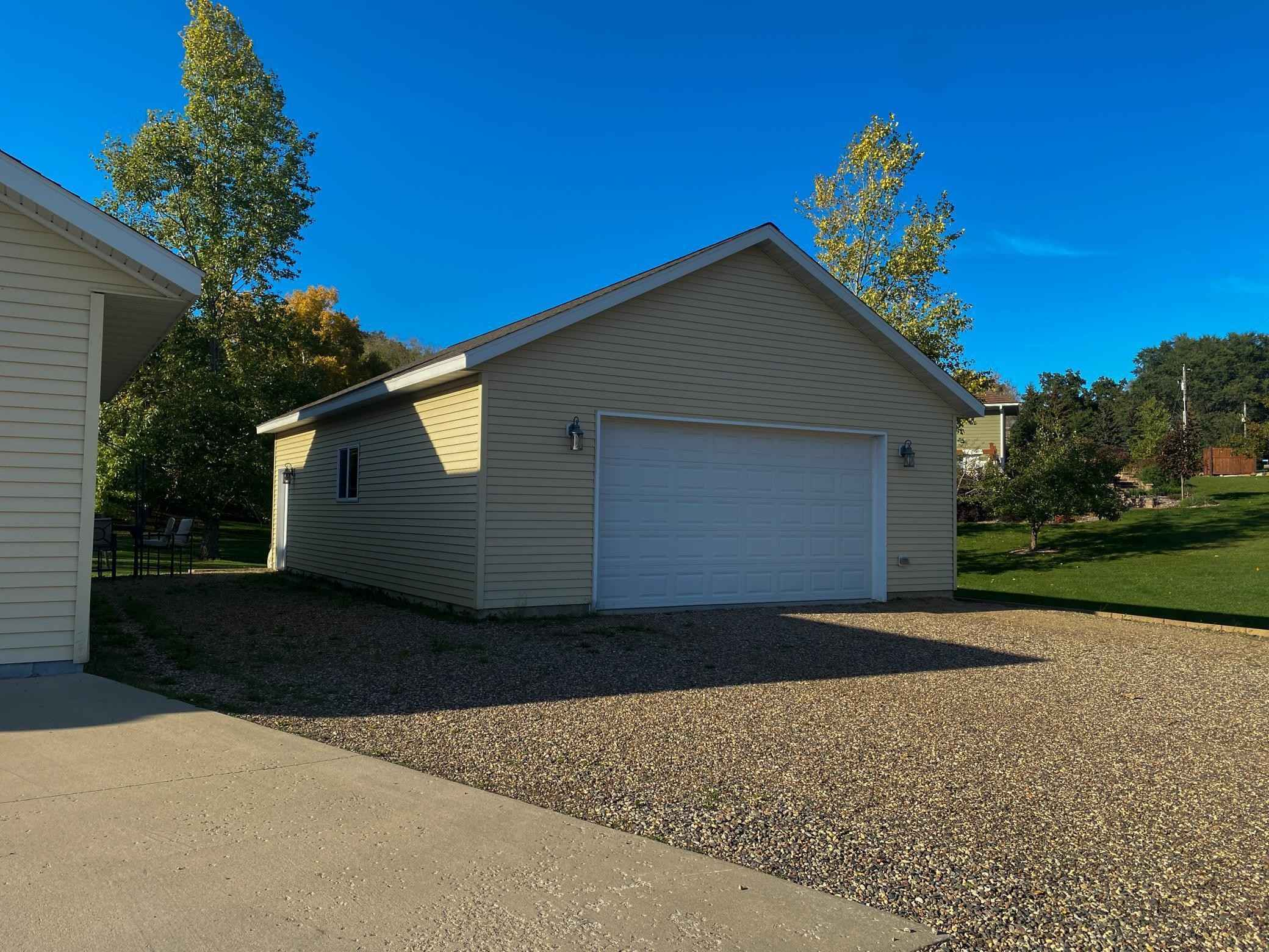View 53 photos of this 3 bed, 3 bath, and 2,404 sqft. single_family home located at 20946 Marshfield Cir, Albany, Minnesota 56307 is Active for $359,900.