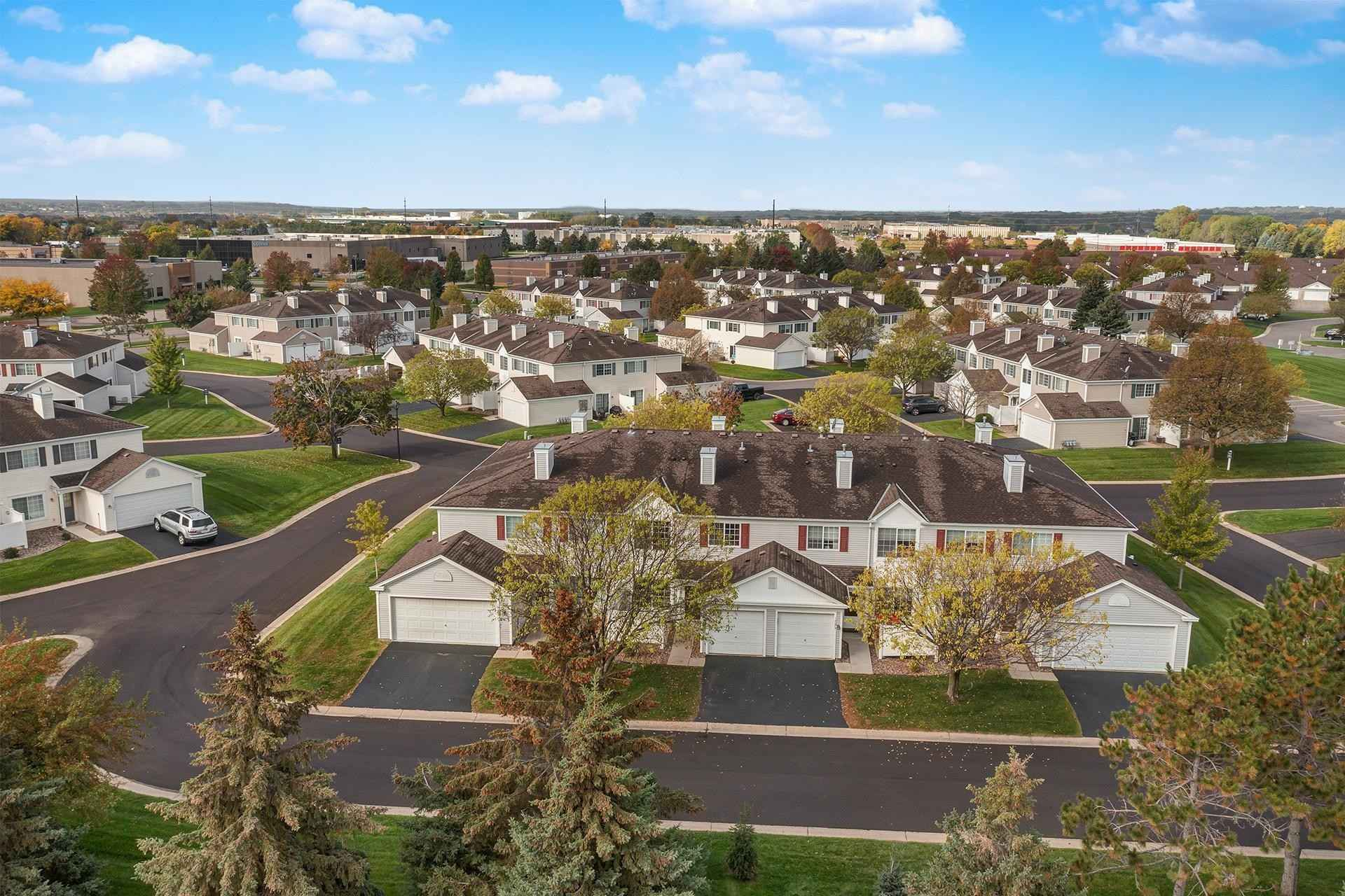 View 10 photos of this 2 bed, 2 bath, and 1,057 sqft. condo home located at 14577 Evergreen Trl Unit 51, Apple Valley, Minnesota 55124 is Sold for $193,000.