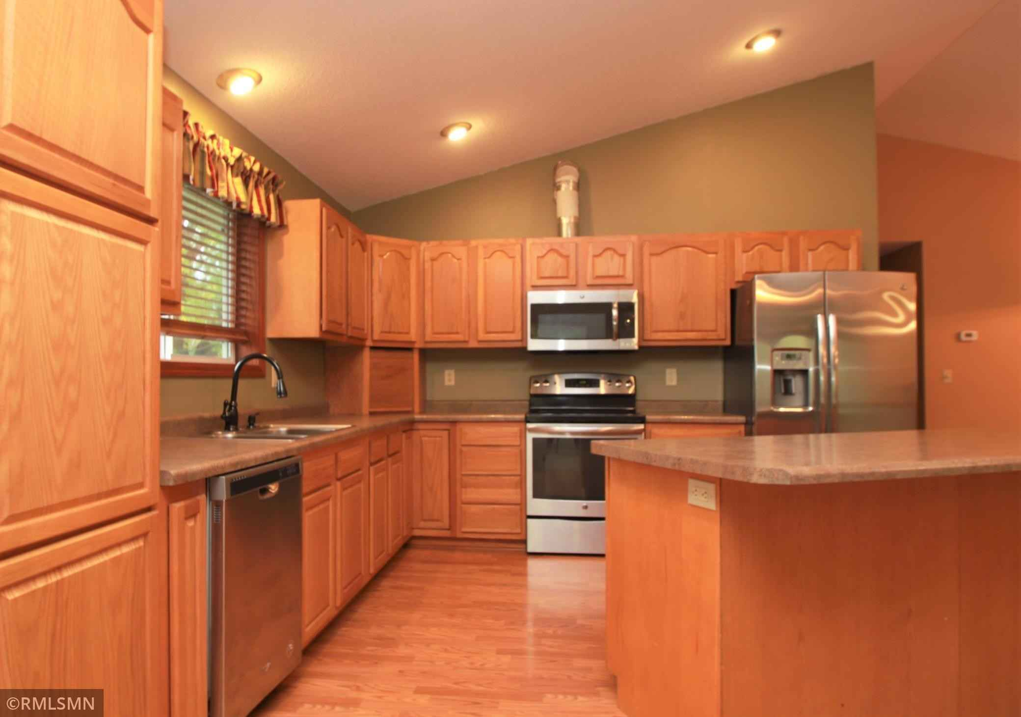 View 29 photos of this 2 bed, 1 bath, and 1,280 sqft. single_family home located at 3311 Park Dr, Saint Cloud, Minnesota 56303 is Active for $220,000.