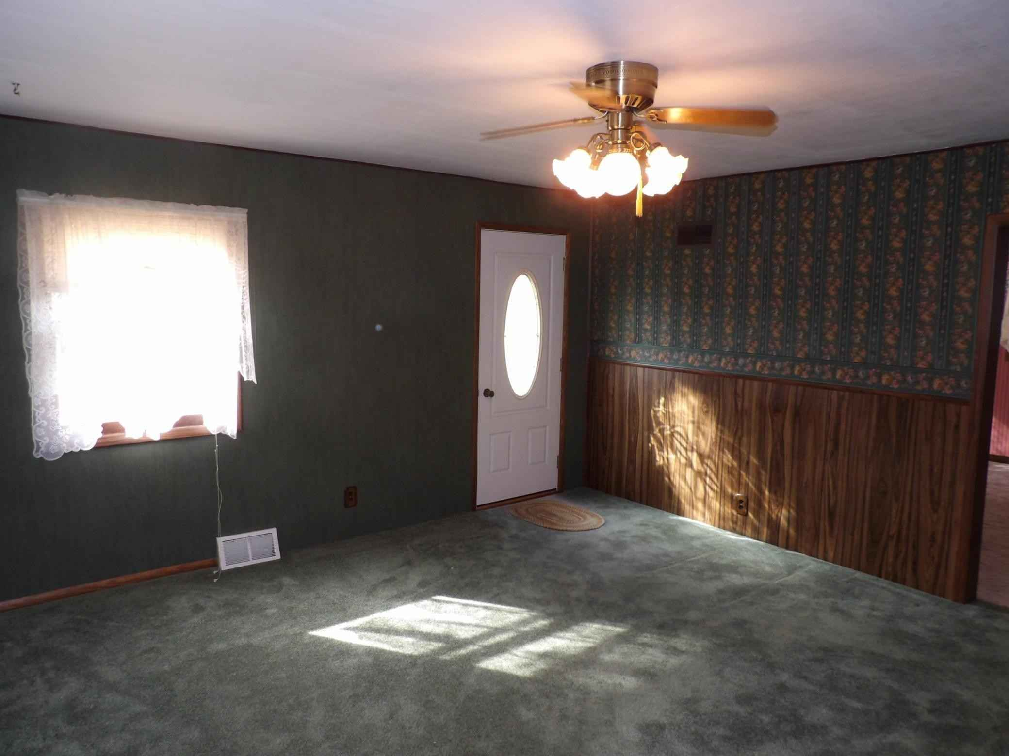 View 24 photos of this 3 bed, 2 bath, and 2,421 sqft. single_family home located at 102 Milbrath Ave, Okabena, Minnesota 56161 is Pending for $75,000.