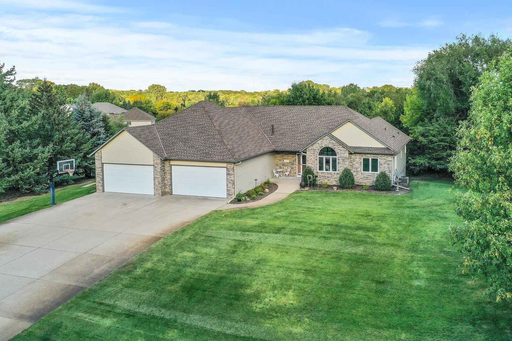View 28 photos of this 3 bed, 3 bath, and 3,095 sqft. single_family home located at 15411 Ute St NW, Ramsey, Minnesota 55303 is Pending for $475,000.